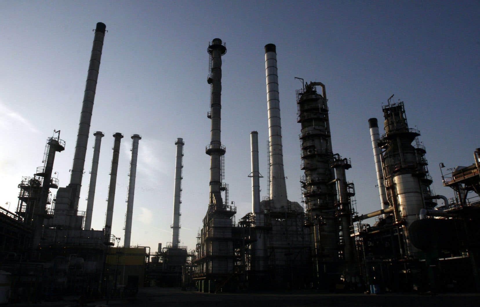 Selon les États-Unis, la PGPIC et ses filiales représentent 40% de la capacité de production pétrochimique iranienne et 50% des exportations du secteur, alors que le pétrole et ses dérivés sont la principale source de revenus du régime.
