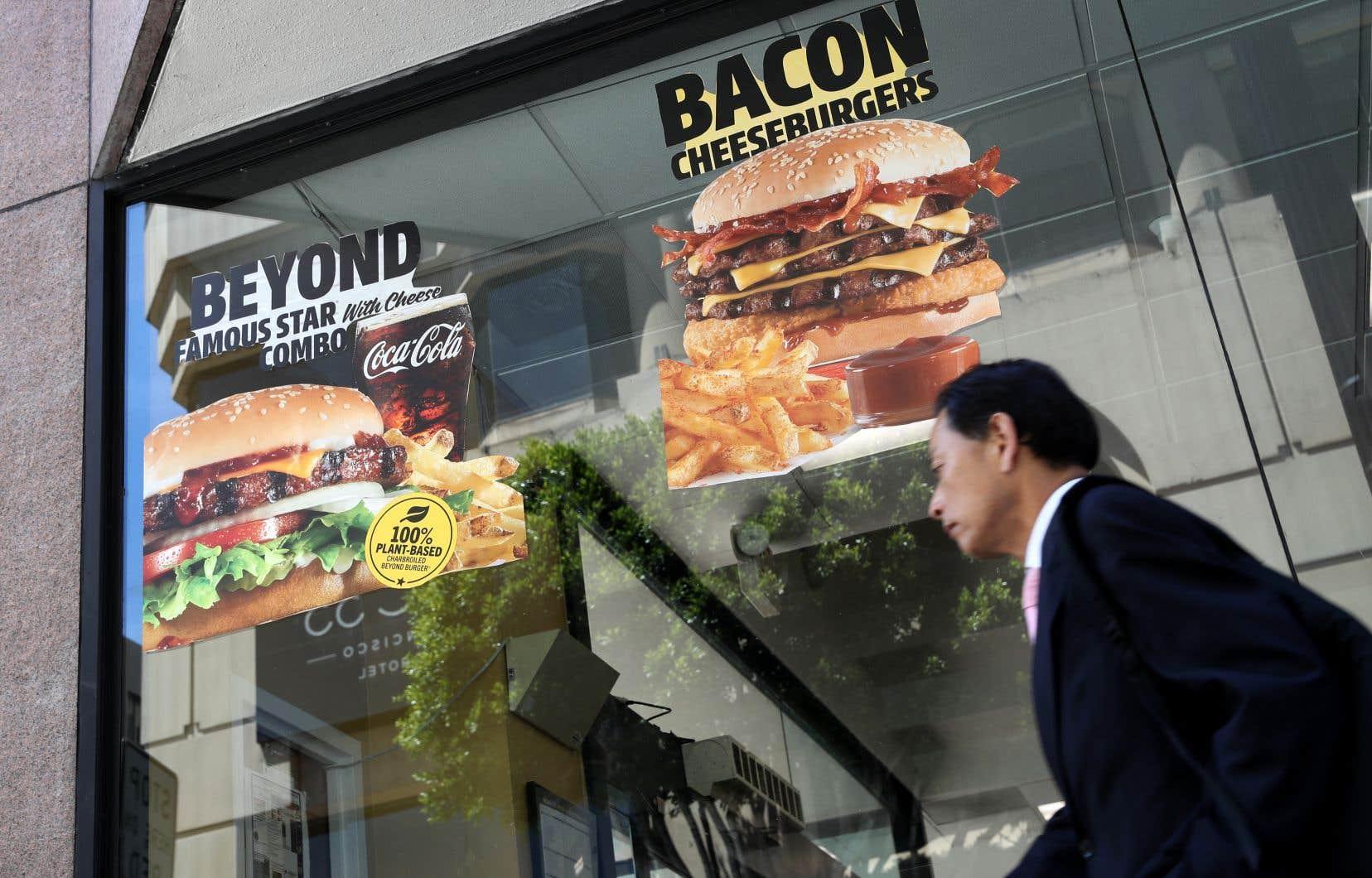 Les galettes de hamburger et les saucisses de l'entreprise californienne Beyond Meat, faites de protéines végétales, ont pris d'assaut les marchés, et même la bourse.