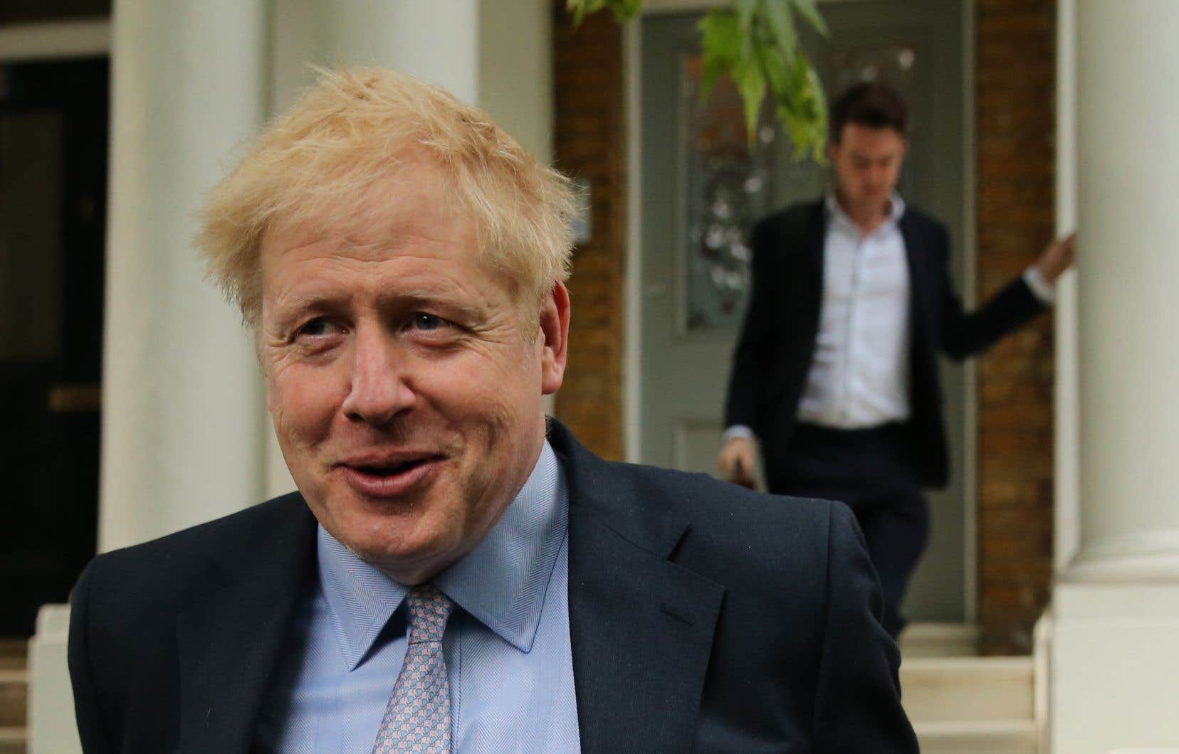 Boris Johnson, qui est l'un des prétendants à la succession de MmeMay,menace de ne pas payer la facture du Brexit prévu dans l'accord déjà conclu.
