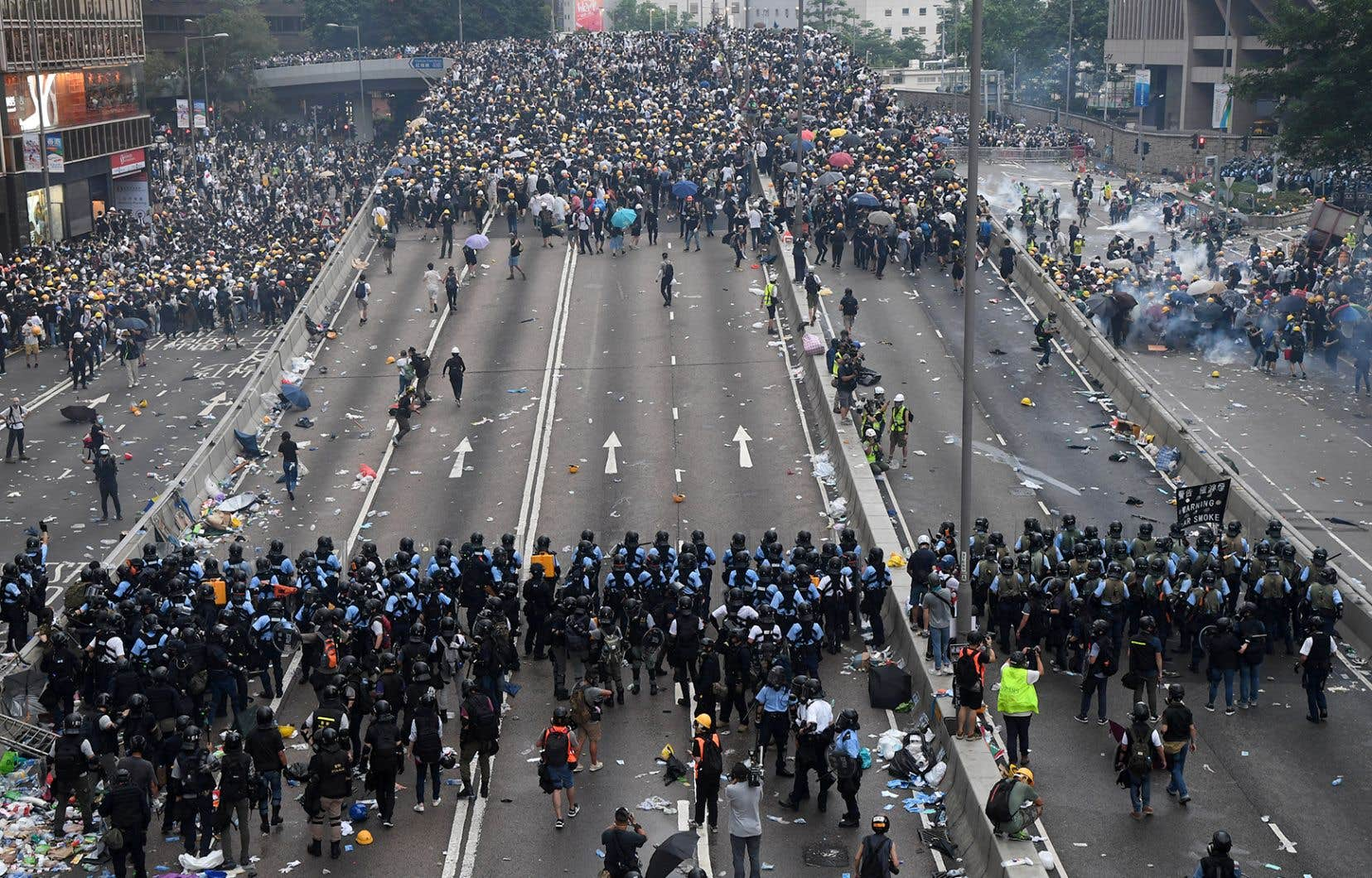Selon les médias internationaux, les autorités chinoises ont censuré les manifestations de Hong Kong sur les réseaux sociaux chinois.