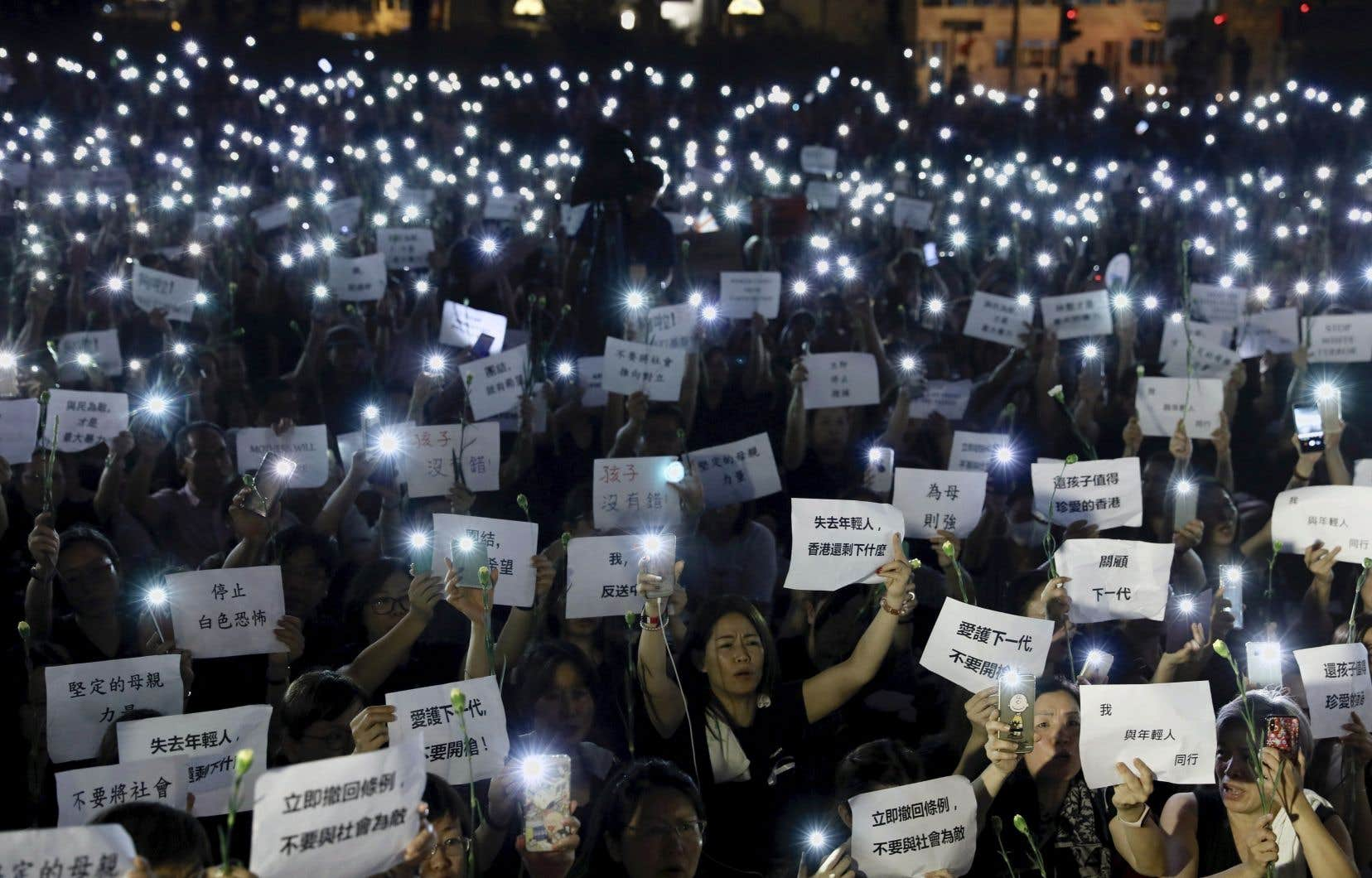 Un million de personnes, selon les organisateurs, avaient manifesté dimanche dernier dans ce territoire de 7millions d'habitants.