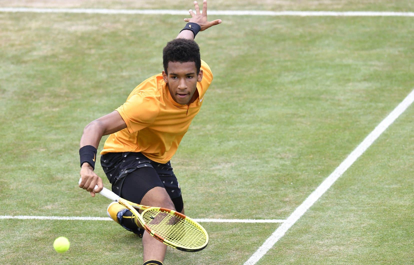 Auger-Aliassime avait accédé à la finale en raison du retrait à cause de maux de dos d'un compatriote, Milos Raonic.