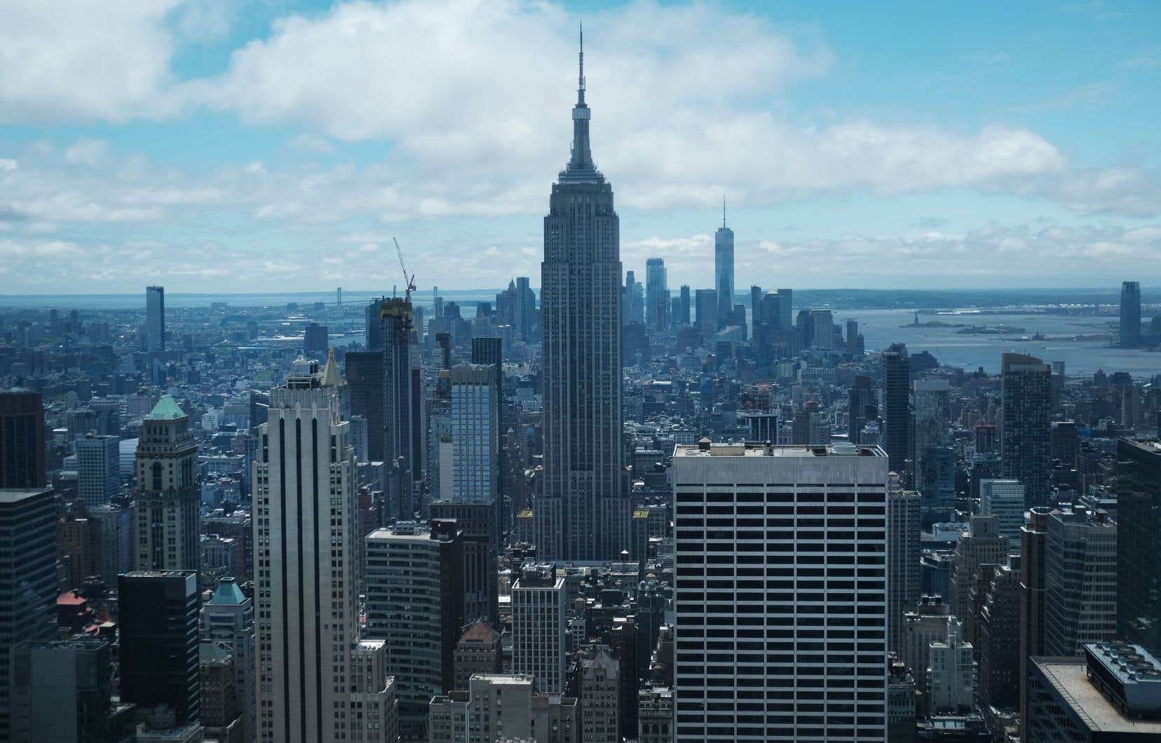 Vendredi, l'État de New York a adopté une loi qui supprime une série de dispositions qui permettaient aux propriétaires de contourner l'encadrement de centaines de milliers de loyers à l'occasion d'un changement de locataire ou de travaux de rénovation.