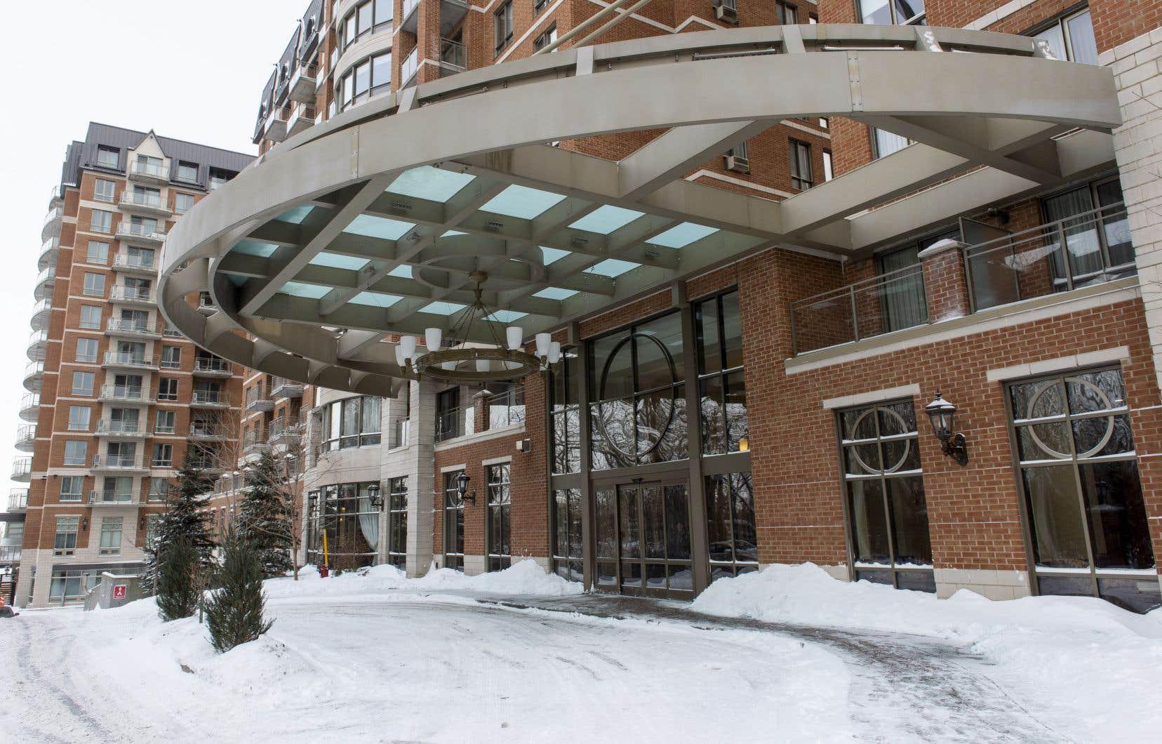 La résidence pour personnes âgées à l'extérieur de laquelle Hélène Rowley Hotte, la mère de Gilles Duceppe, avait trouvé la mort par une nuit glaciale, le 20 janvier dernier.