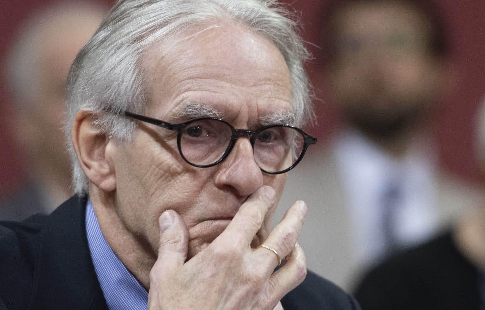 «Gérard Bouchard (sur la photo ci-dessus) s'oppose à l'interdiction des signes religieux pour les enseignants. Sur quoi se fonde son opposition?», questionne l'auteur.