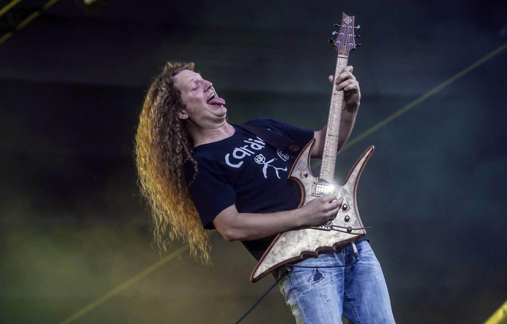 Daniel Mongrain, lors d'un concert avec Voivod sur les plaines d'Abraham en 2017, dans le cadre du Festival d'été de Québec