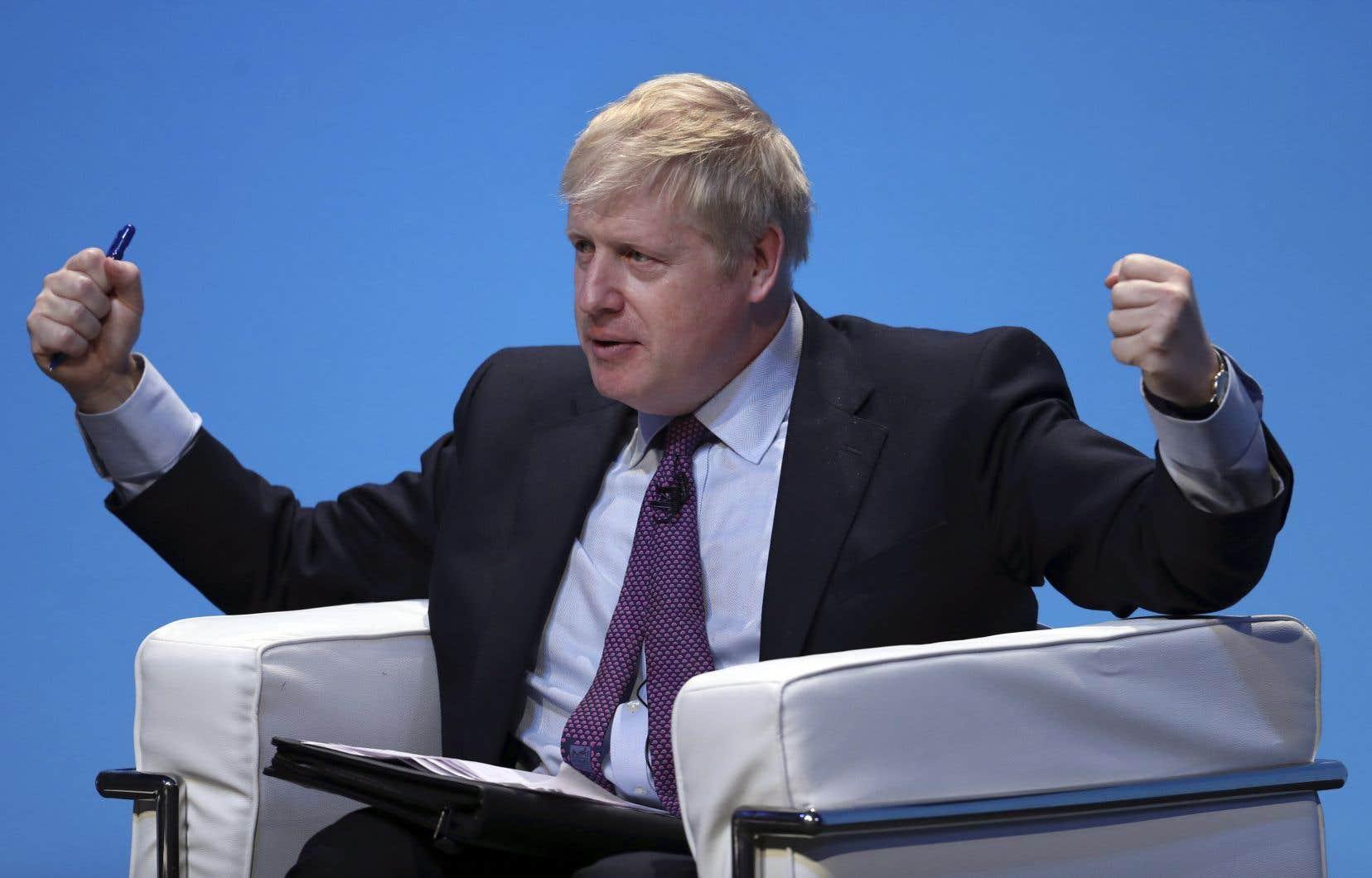 Dans cette course au pouvoir, Boris Johnson est donné favori.