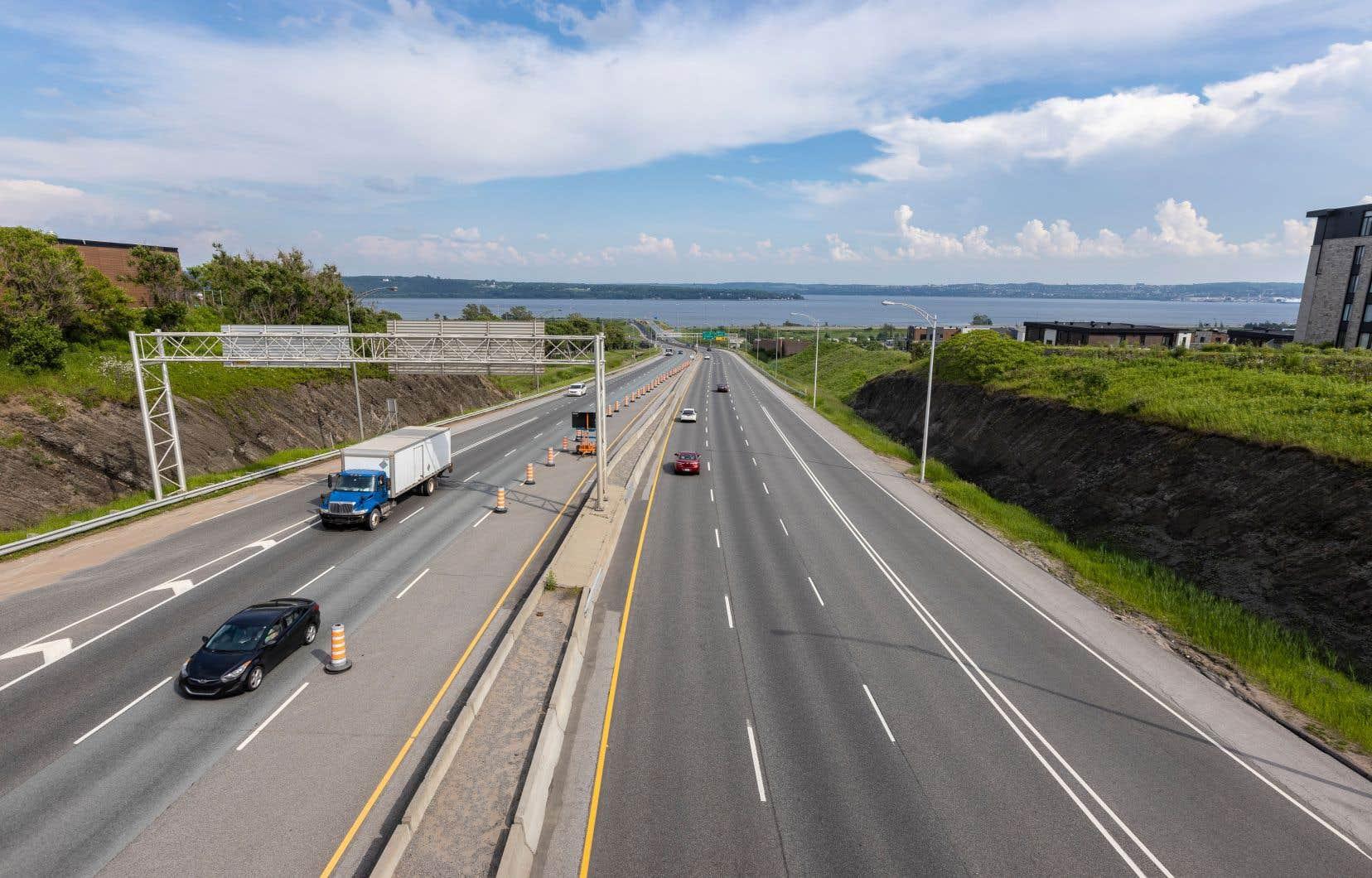 L'embouchure du pont-tunnel, sur la rive nord, serait située à l'intersection de l'autoroute de la Capitale et du boulevard Sainte-Anne.