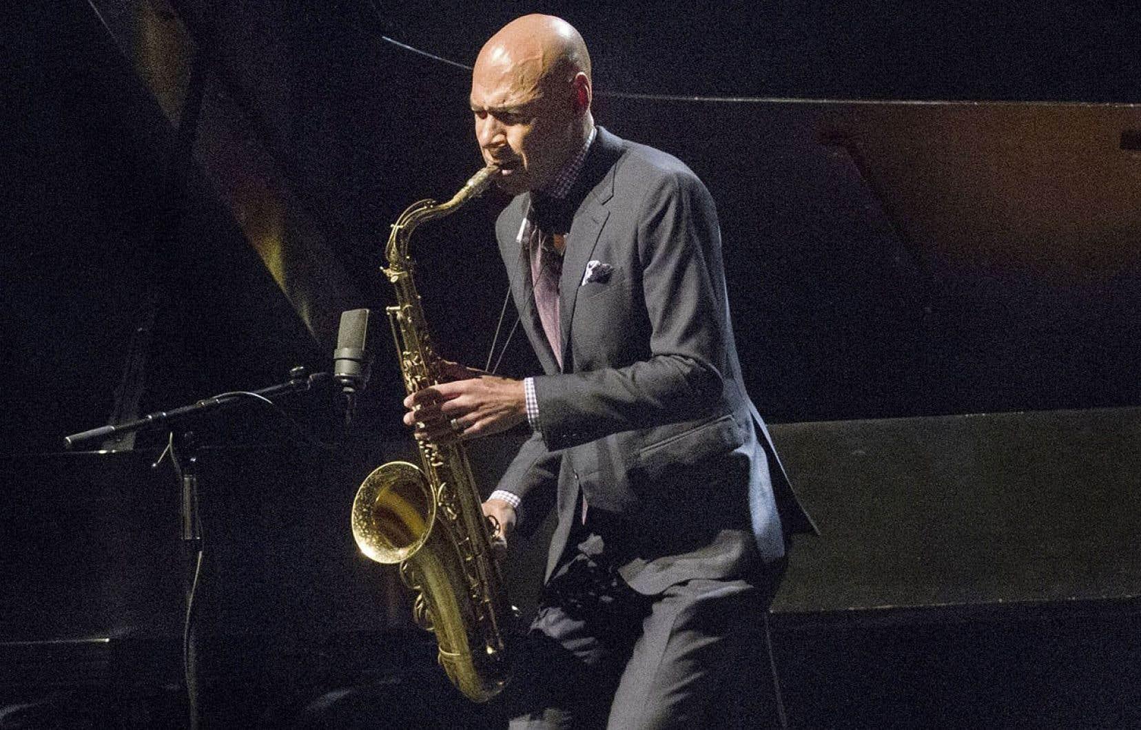 Le saxophoniste Joshua Redman se présente à Montréal cette année entouré des musiciens Aaron Goldberg, Reuben Rogers et Gregory Hutchinson.