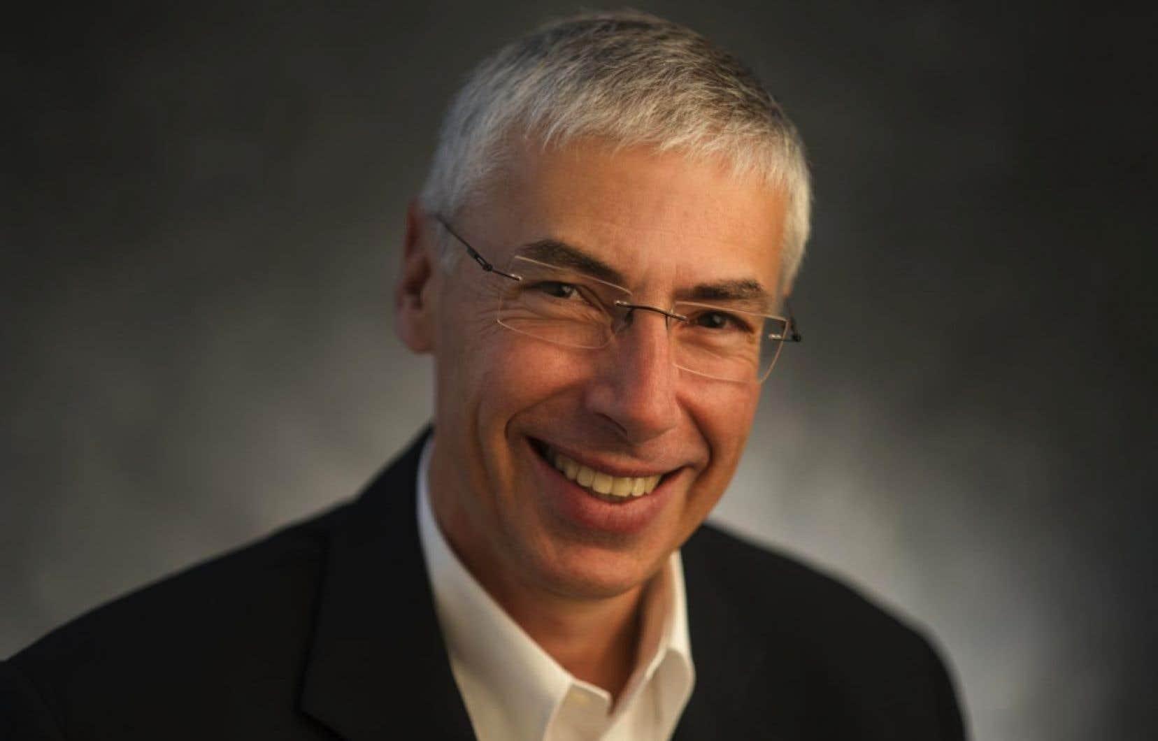 Le commissaire Claude Joli-Coeur a vu son mandat renouvelé pour trois ans.