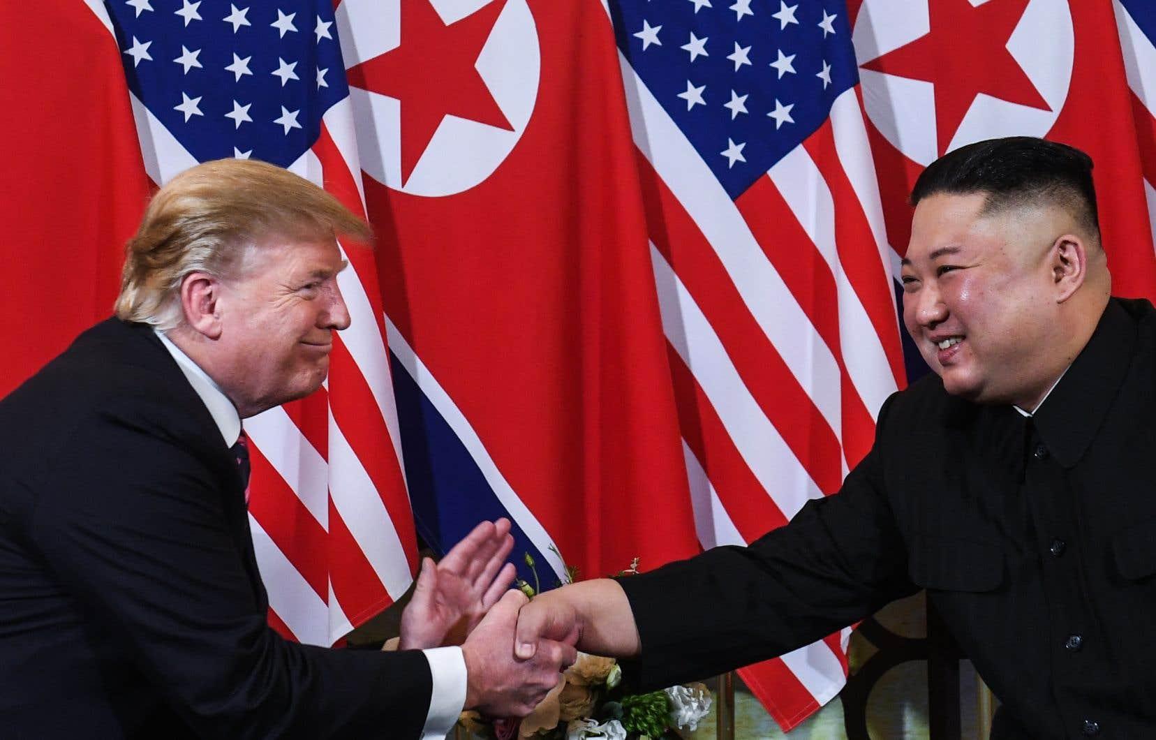 Donald Trump et Kim Jong-un ont tenu deux sommets jusqu'à maintenant, l'un à Singapour en juin 2018 et l'autre à Hanoï en février dernier.
