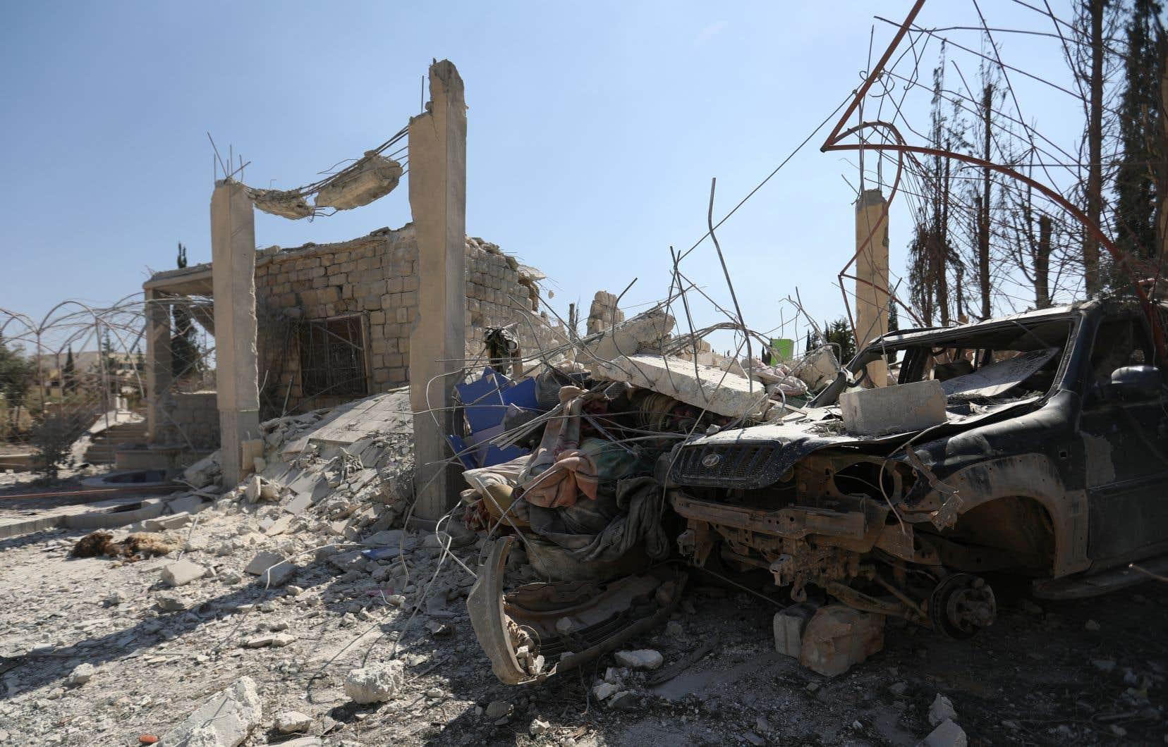 Avec la coalition, les États-Unis aident les Forces démocratiques syriennes (FDS) à lutter contre les djihadistes dans une zone frontalière avec l'Irak.