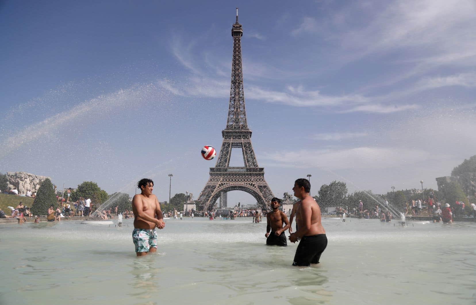 C'est surtout l'Europe qui a eu chaud, avec une température d'environ 2°C supérieure à la normale.