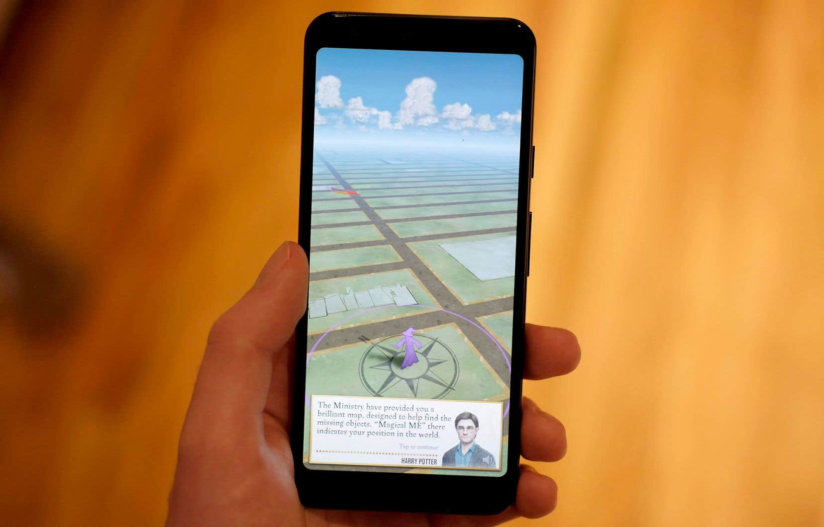 En pratique, le jeu n'est ni plus ni moins qu'un clone du phénomène viral de 2016 Pokémon Go.