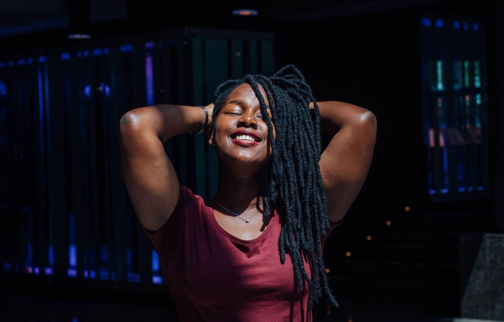 Elida Almeida est passée de parfaite inconnue aux origines modestes à Découverte RFI Musique en l'espace d'un album, «Ora Doci Ora Margos», paru en 2014.