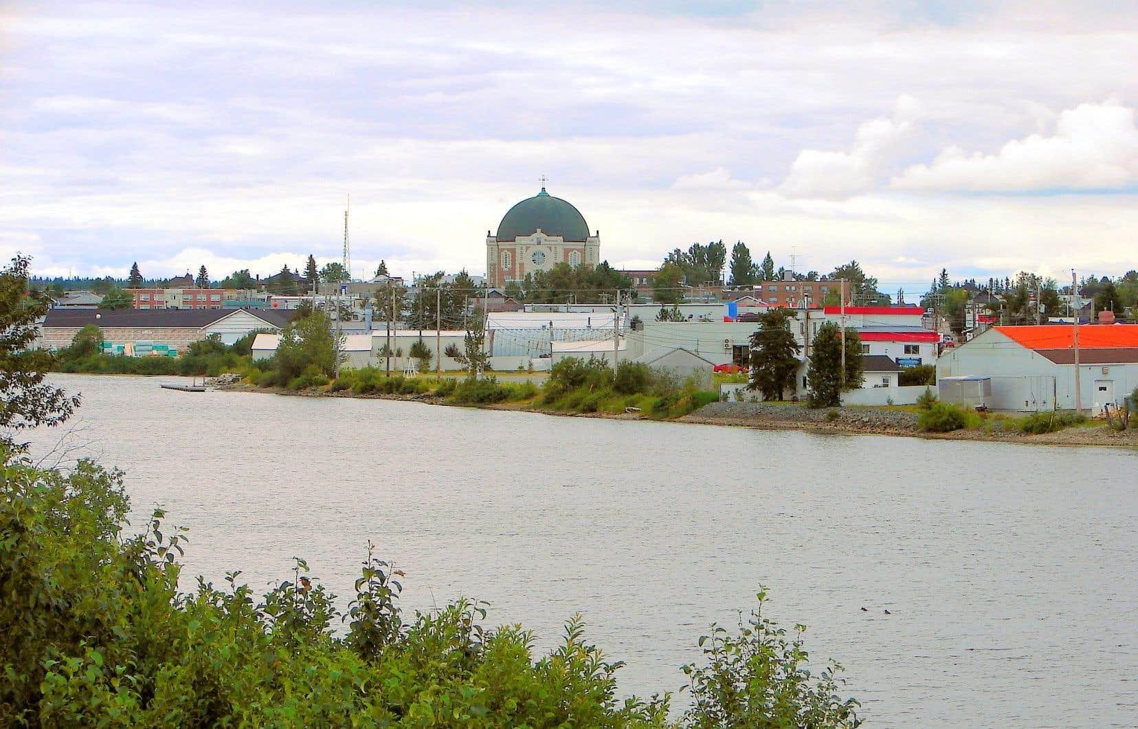 Le tracé du pipeline de Gazoduq prévoit traverser la rivière Harricana, ici photographiée à la hauteur d'Amos.