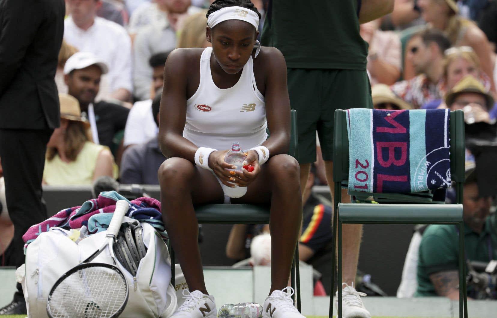 L'AméricaineCoco Gauff, qui est devenue à 15 ans la plus jeune joueuse à se qualifier pour le tableau principal à Wimbledon de l'ère professionnelle,avait éliminé la quintuple championne Venus Williams au premier tour.