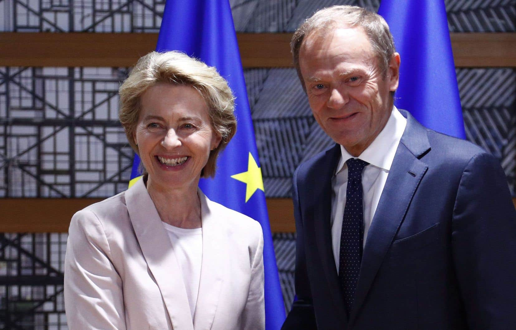 Ursula von der Leyen en compagnie duprésident du Conseil européen, Donald Tusk