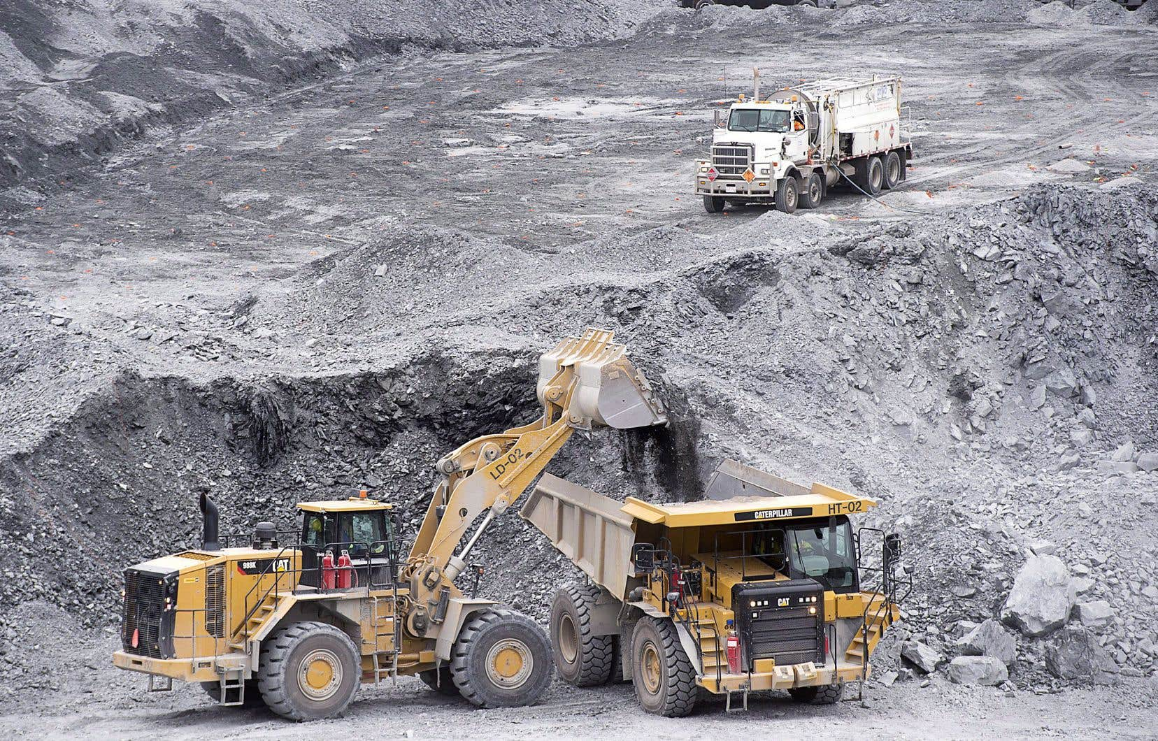 Les quatorze démissionnaires estiment ne plus avoir confiance en l'engagement d'Ottawa en matière de droits des communautés touchées par l'exploitation minière canadienne à l'étranger.