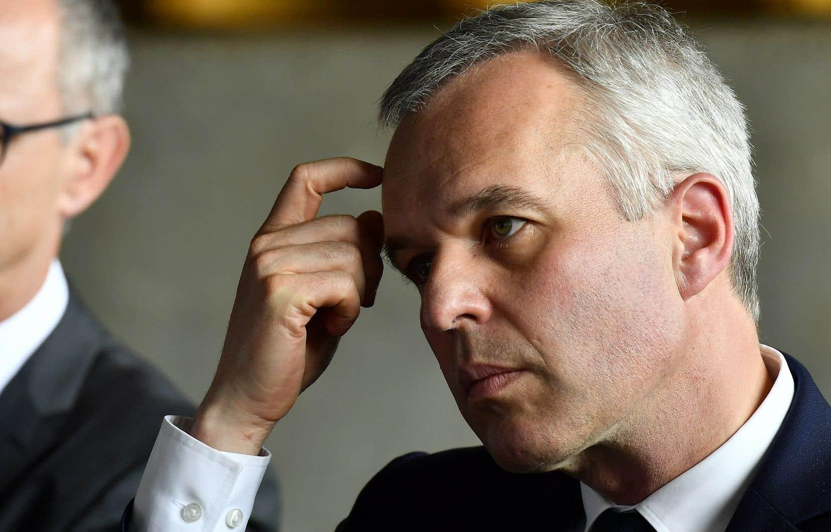 François de Rugy, président de l'Assemblée Nationale française à l'époque,s'est défendu en expliquant que ces «dîners informels» faisaient partie d'un «travail de représentation» au titre de ses fonctions et a niétoute «soirée fastueuse».