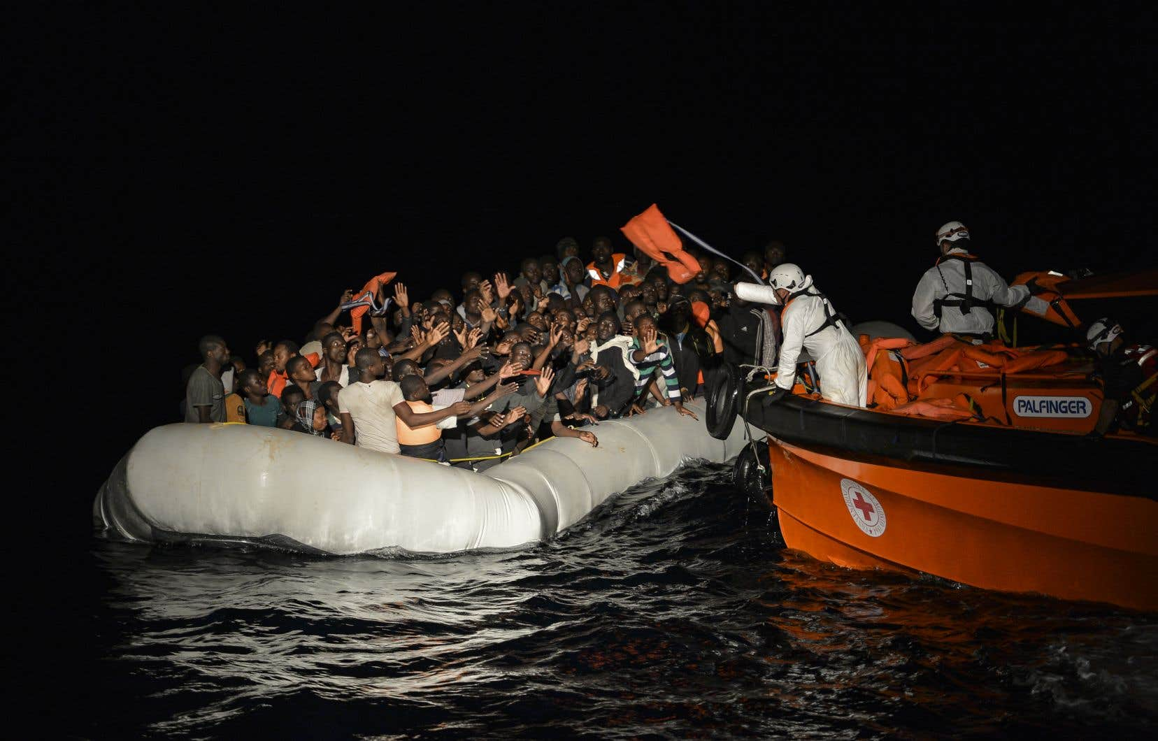 Opération de secours en mer Méditerranée