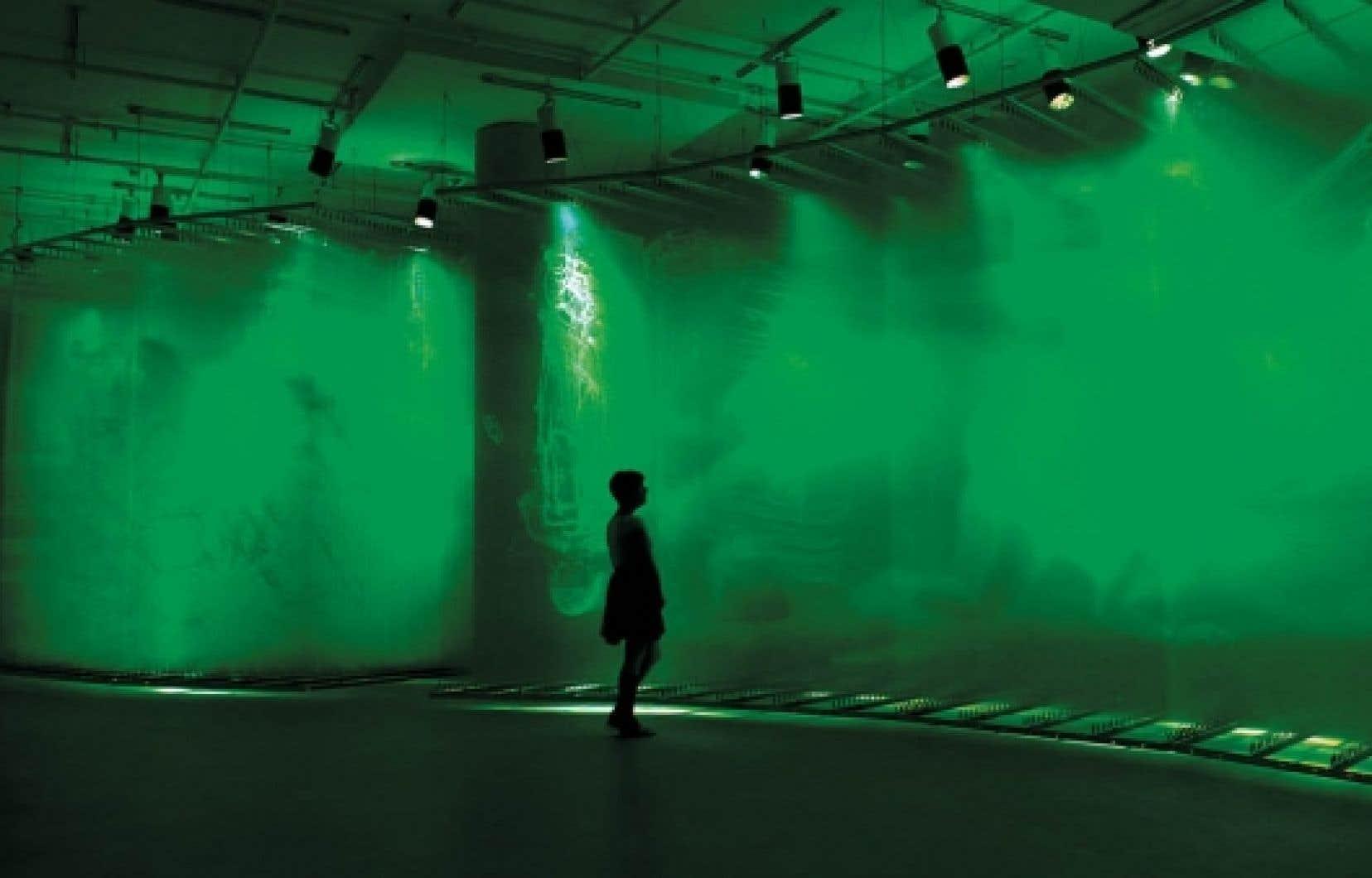 Stratachrome_withviewer, 2010, vue de l'exposition de David Spriggs<br />