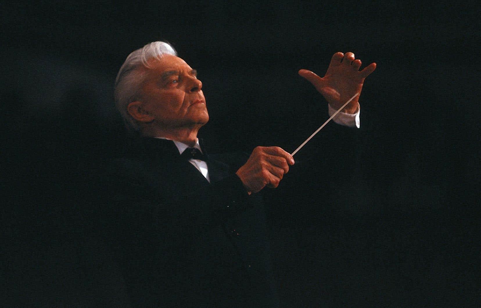 Herbert von Karajan était chef à vie du Philharmonique de Berlin, jusqu'à une fracassante démission peu avant sa mort en 1989.