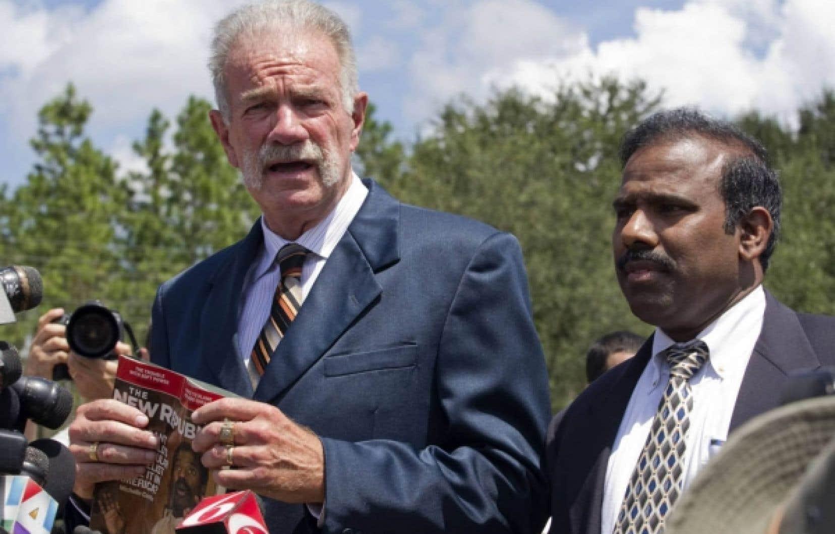 Le pasteur Terry Jones aura réussi à retenir l'attention des médias avec sa menace de brûler le Coran.<br />