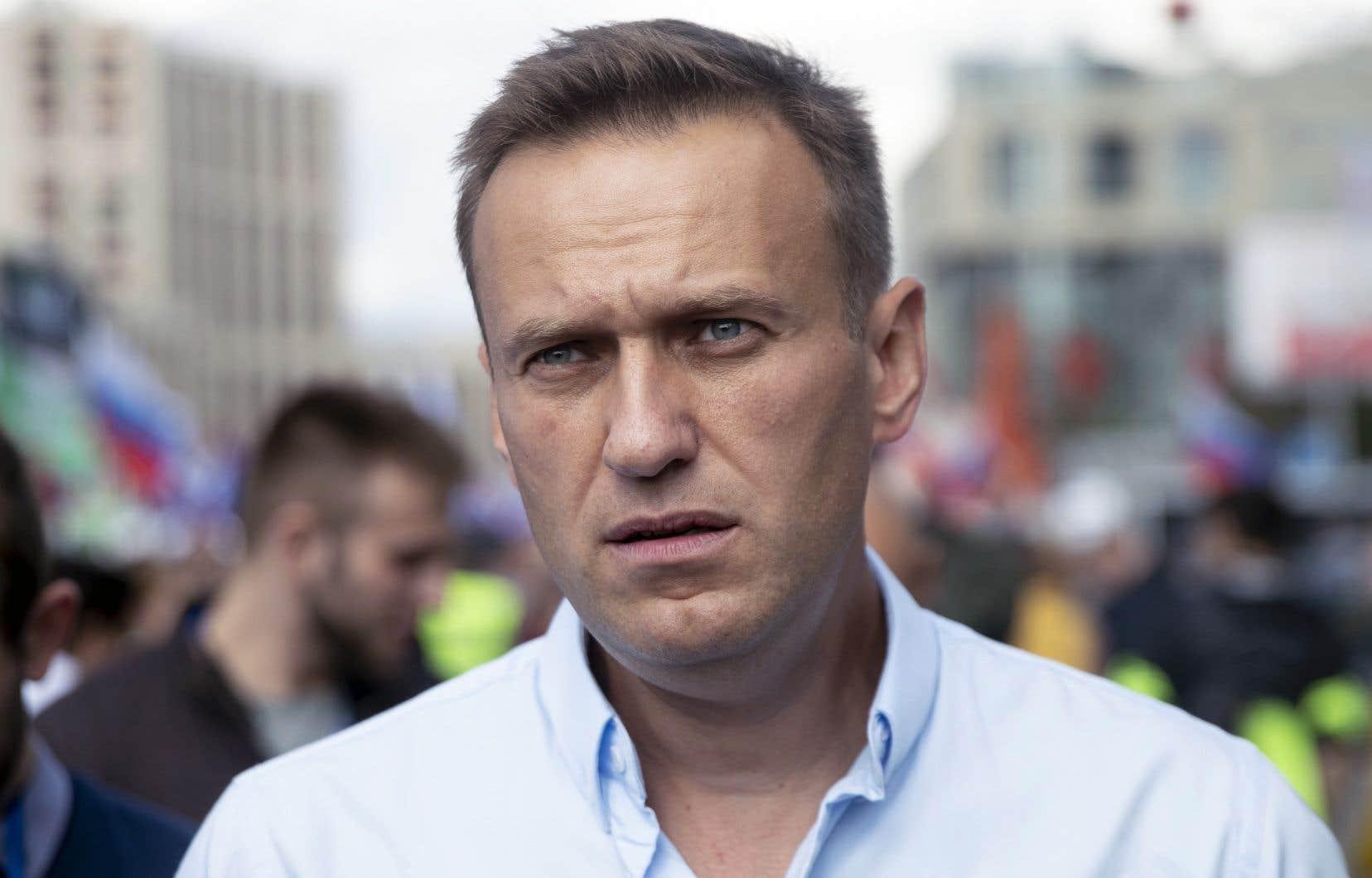 Le militant de l'opposition russe, Alexeï Navalny, a assisté à une manifestation à Moscou, samedi dernier. Plusieurs personnes se sont rassemblées pour demander que les candidats de l'opposition soient inscrits sur les bulletins de vote pour les élections législatives de septembre prochain.
