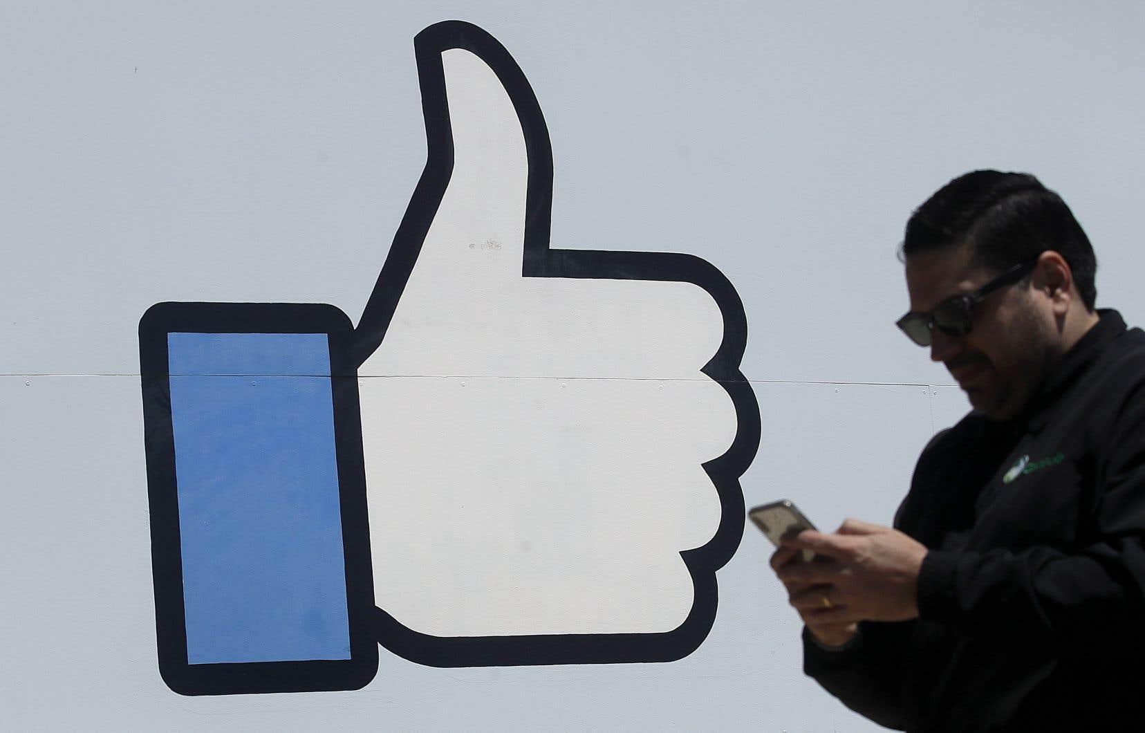 Pour son incapacité à protéger les données personnelles des utilisateurs du réseau, Facebook reçoit une amende de 5 milliards de dollars de la part de la FTC, mais ce chiffre ne correspond qu'àmoins de 10% de ses revenus annuels.