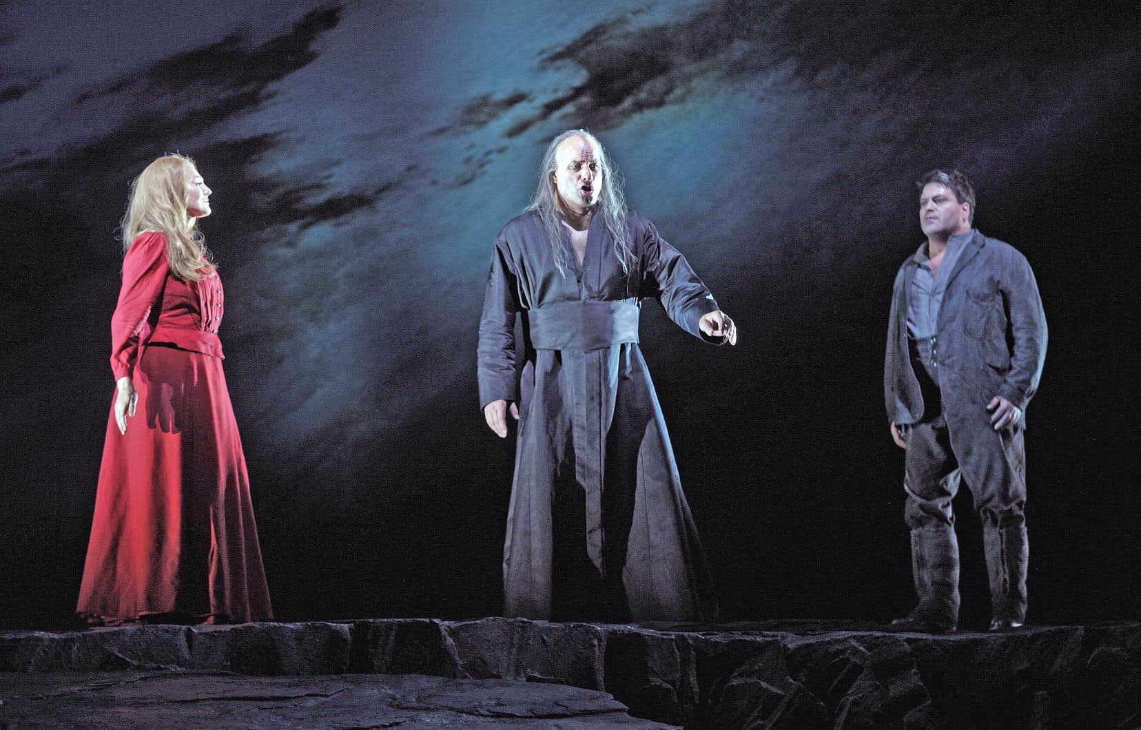 «Le vaisseau fantôme» de François Girard conjugue une lecture psychologique profondément creusée des personnages à des dimensions cinématographiques et picturales.