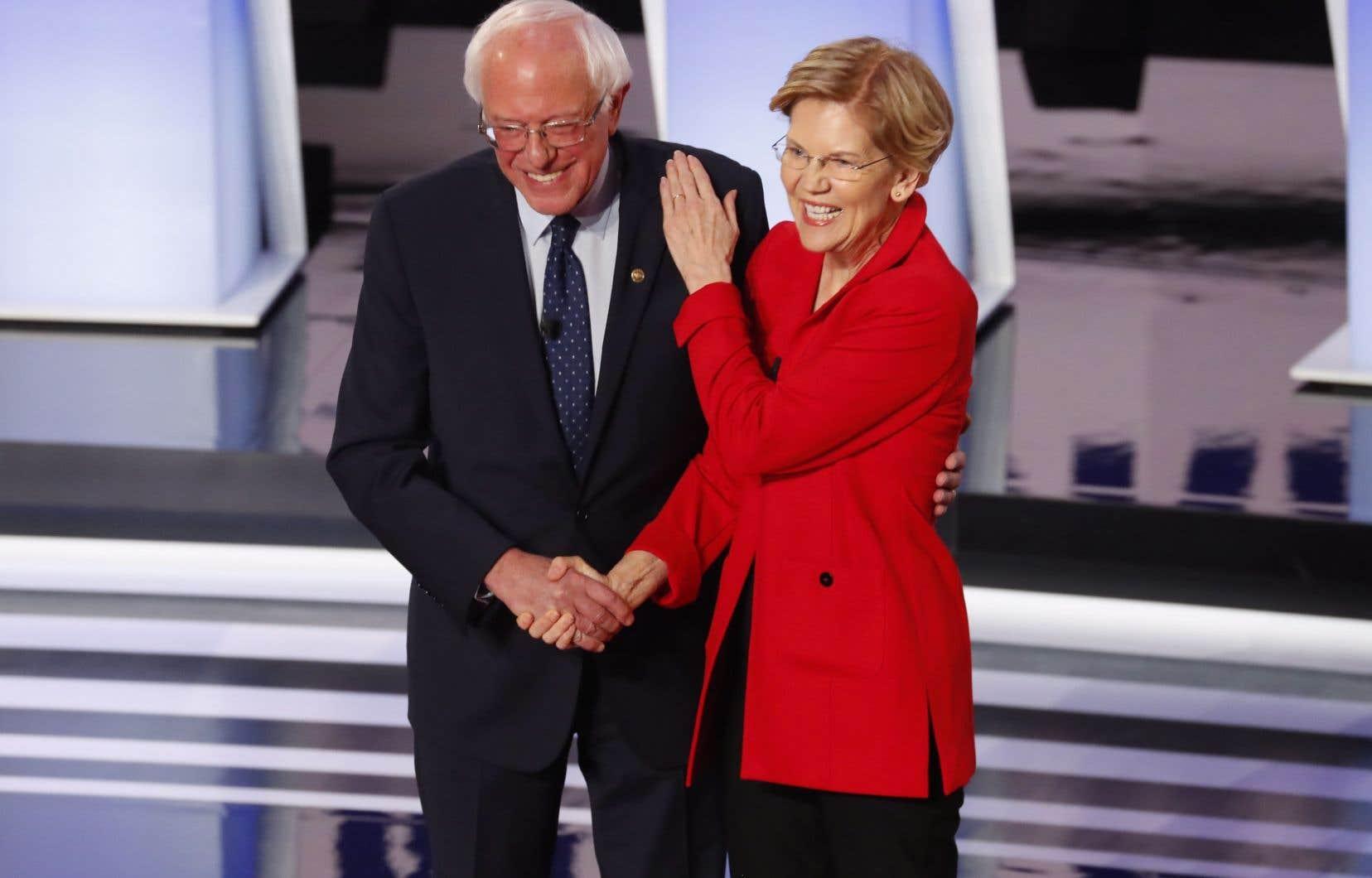 Les candidats démocrates Bernie Sanders et Elizabeth Warren