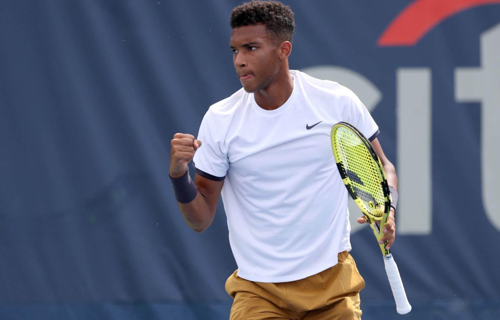 Le joueur de tennis Félix Auger-Aliassime est présentement 22eau monde.