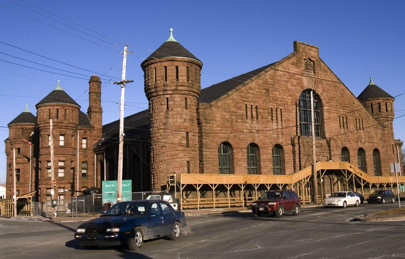 Bue sur le manège militaire de Halifax, un édifice patrimonial géré par la Défense nationale, le 13 février 2007.