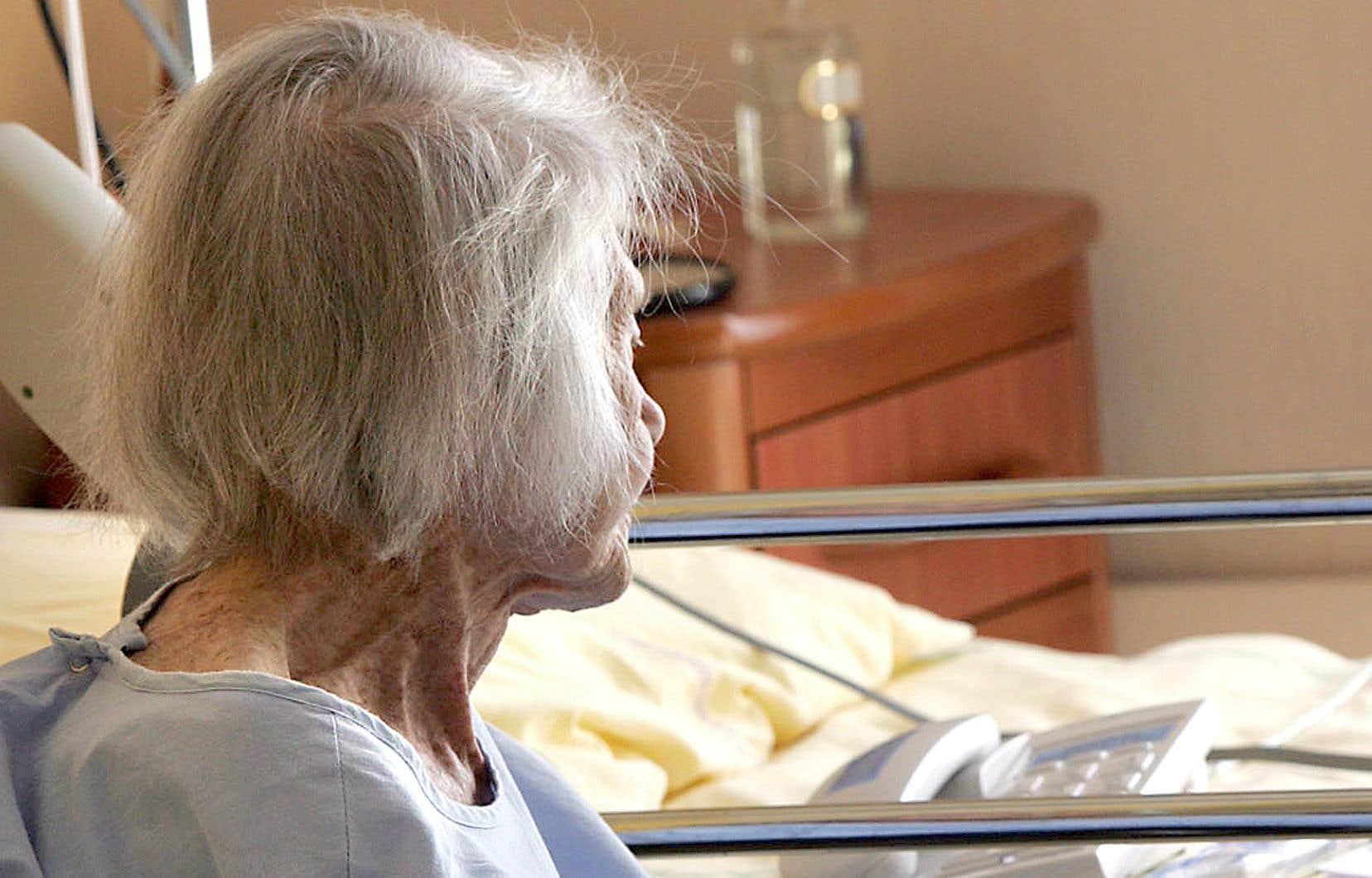 72% des personnes atteintes de la maladie d'Alzheimer au Canada sont des femmes.