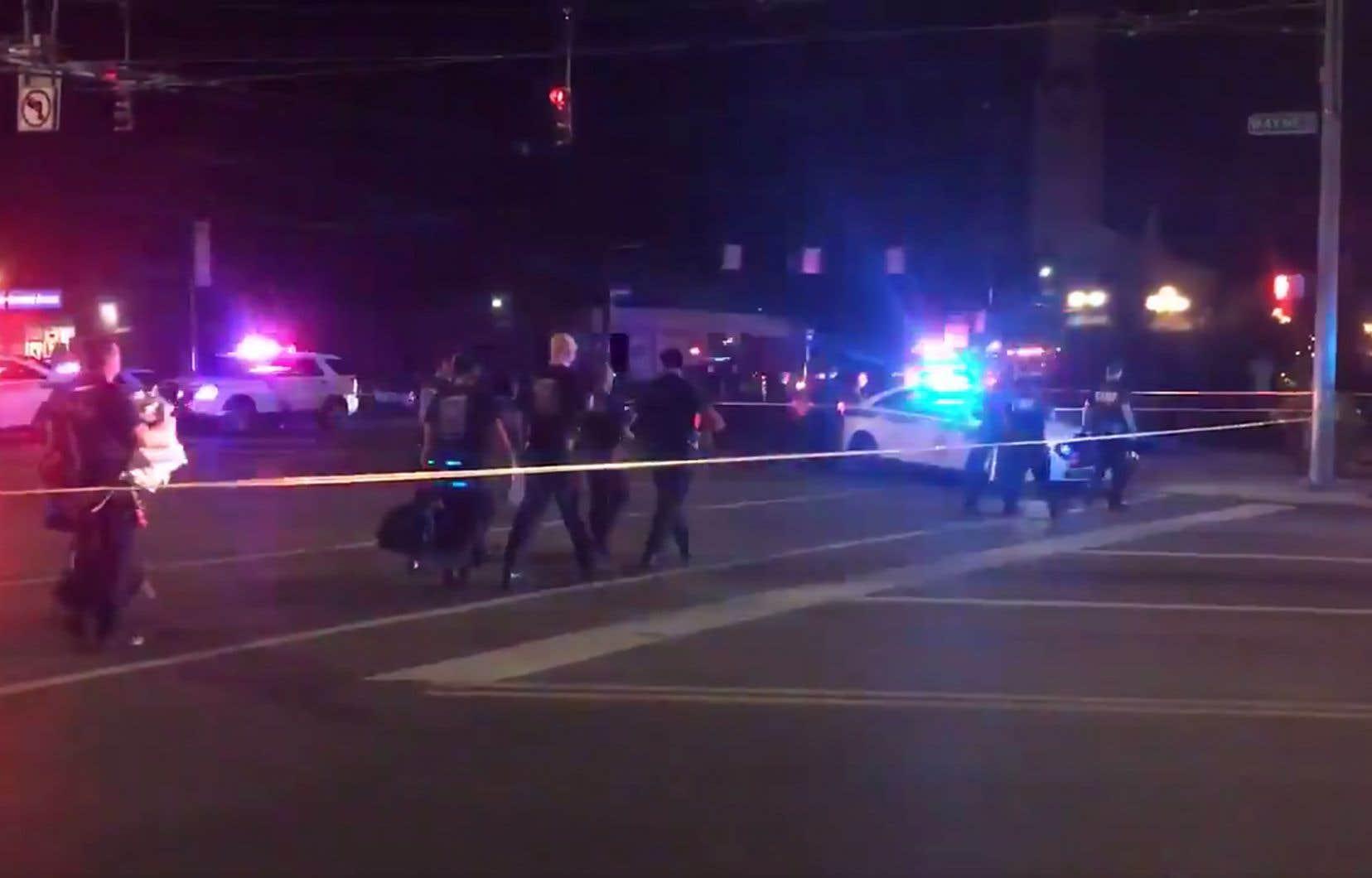 La fusillade s'est produite un peu après 1h00 du matin dans le quartier animé d'Oregon, habituellement «une zone très sûre du centre-ville» de Dayton.