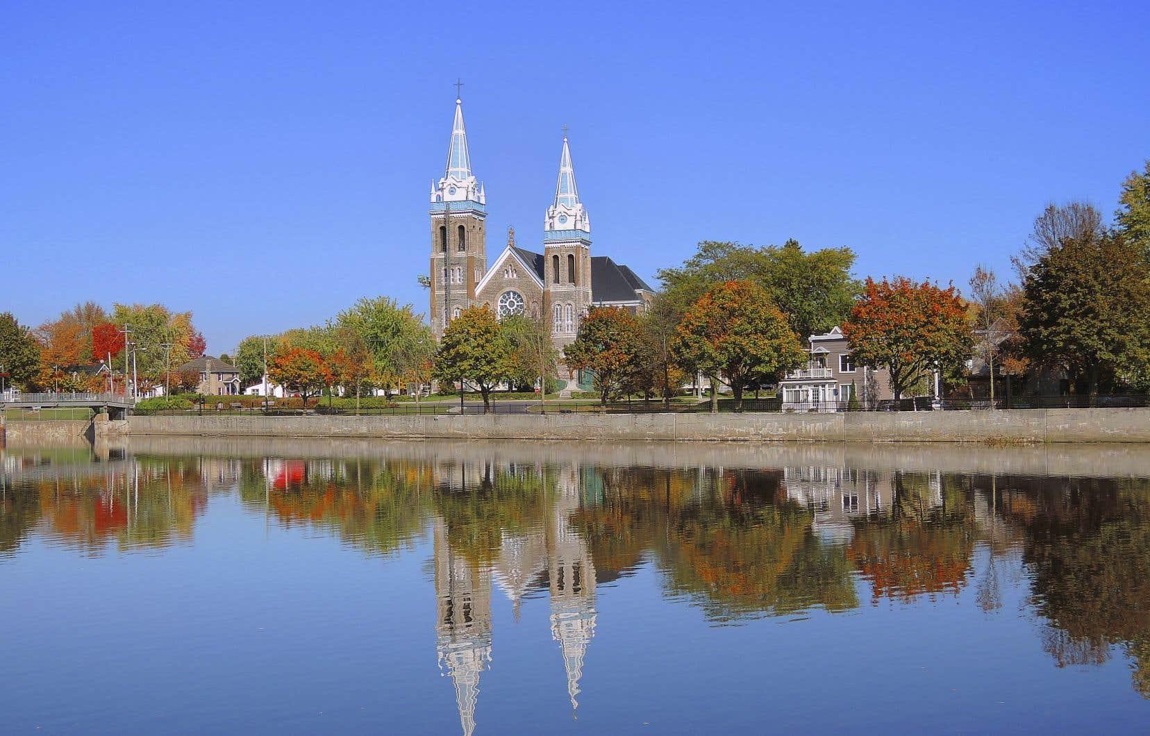 Il y a près de 3000 églises au Québec, et une quarantaine d'entre elles ferment leurs portes chaque année, selon le directeur du Conseil du patrimoine religieux du Québec.