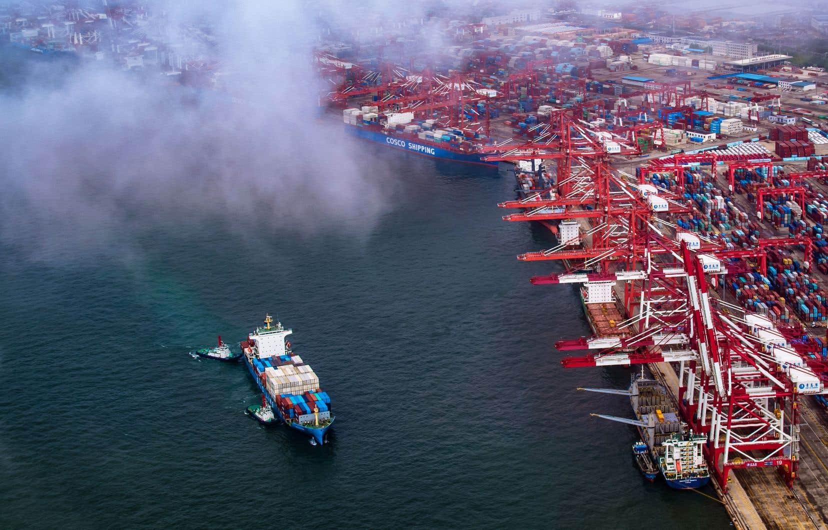 Donald Trump menace d'imposer des droits de douane supplémentaires sur les importations chinoises.