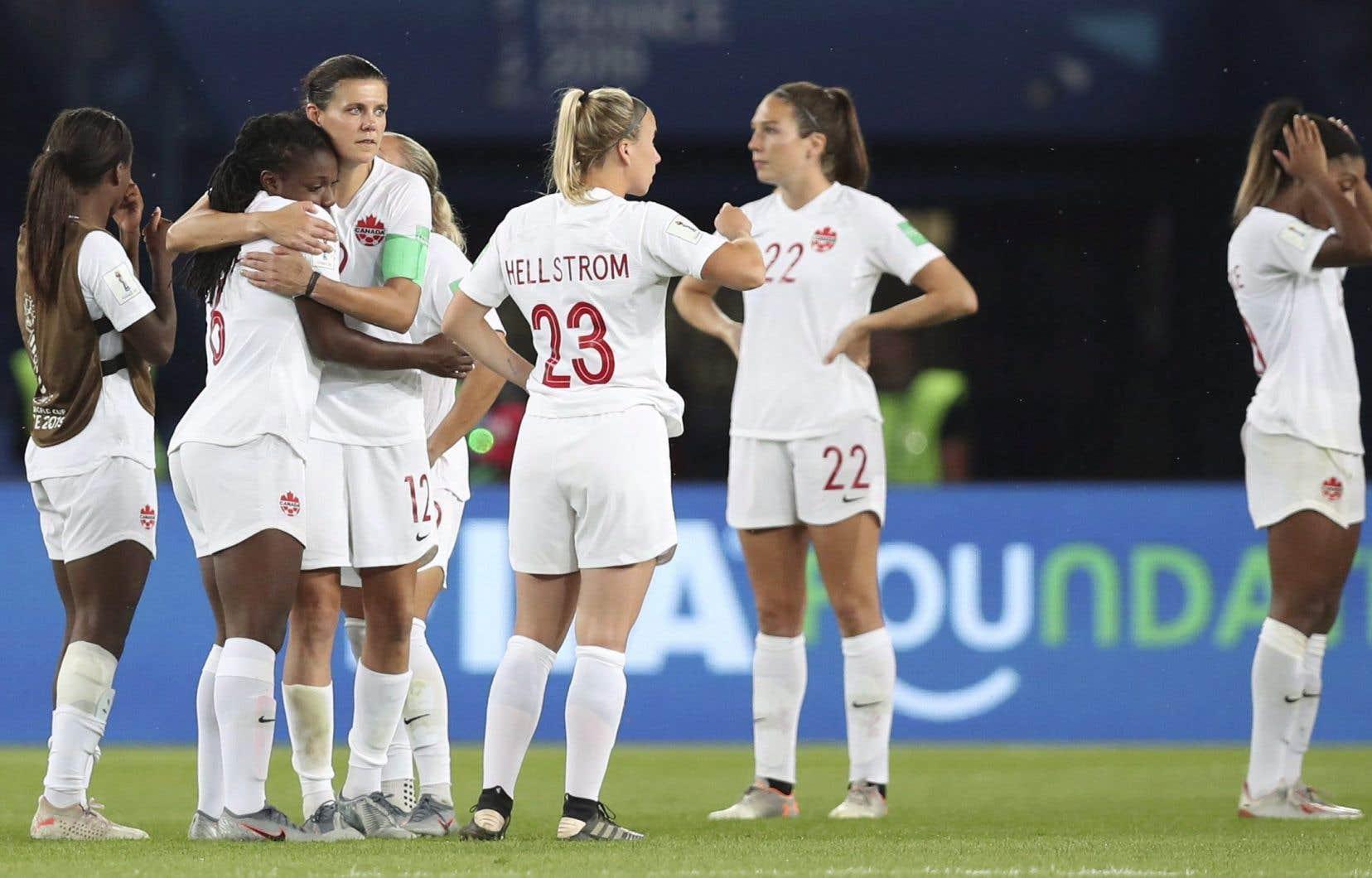 Les Canadiennes ont glissé de la cinquième à la septième place au classement mondial après la Coupe du monde de soccer.