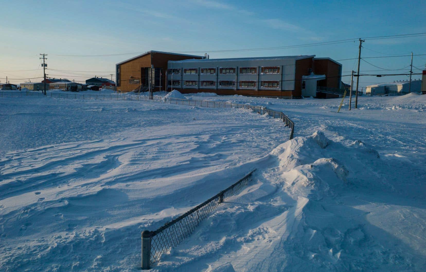 La Protectrice du citoyen avait constaté en 2018 qu'en moyenne 8 classes de 45 minutes sont annulées chaque jour dans chacune des 17 écoles du Nunavik.