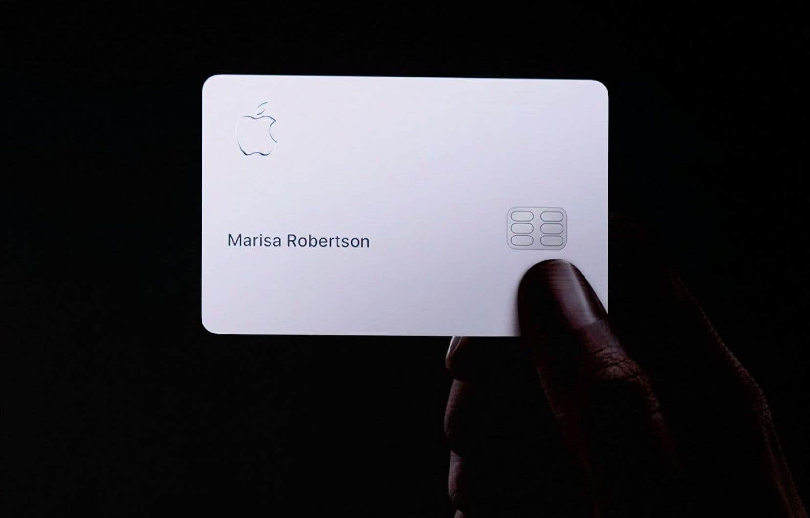 La carte de crédit Apple est disponible aux États-Unis depuis mardi. On ignore pour le moment si le service sera offert au Canada.
