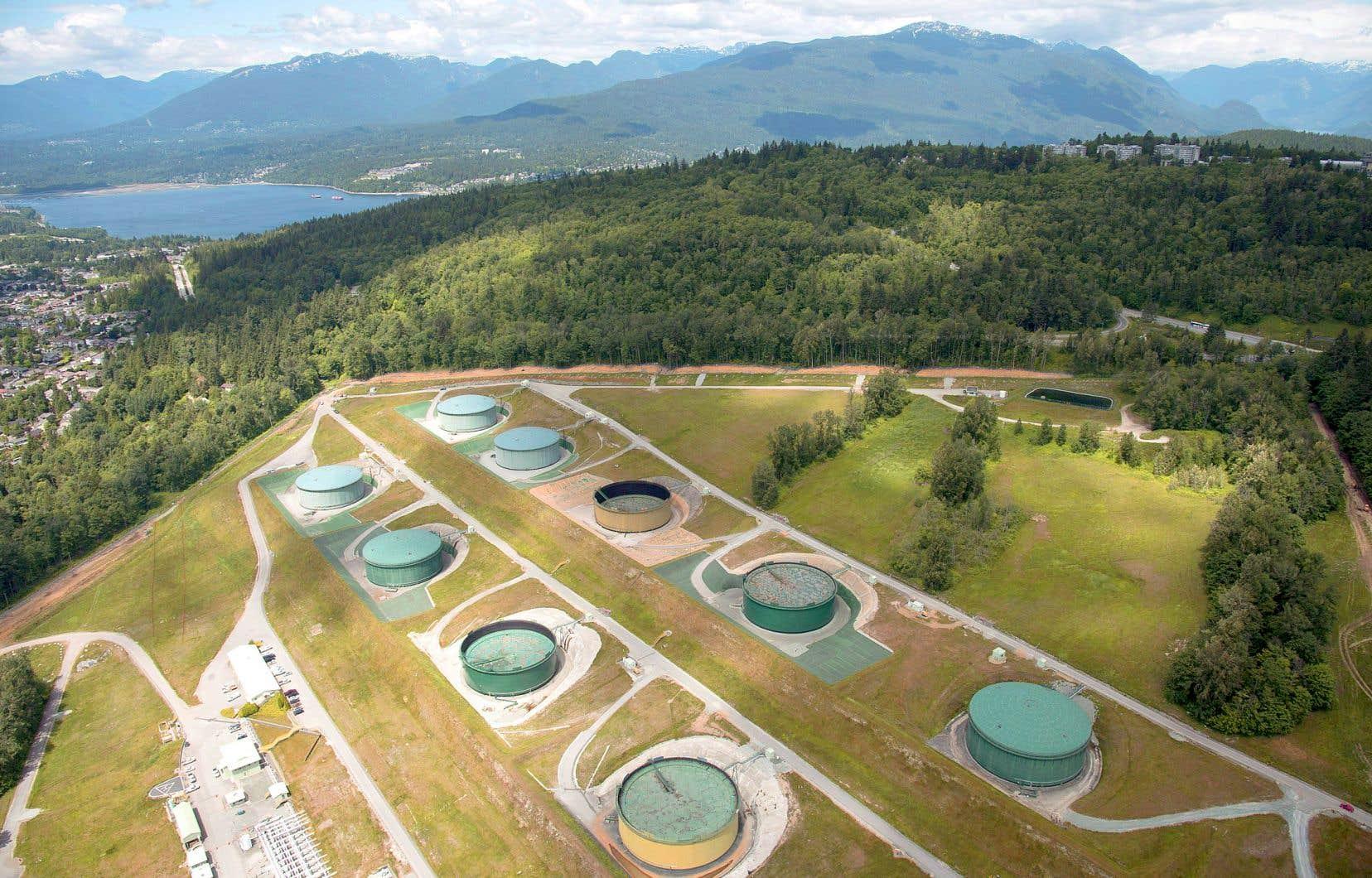 Kinder Morgan Canada a vu le jour au milieu de 2017 afin de recueillir des fonds visant à financer l'expansion de l'oléoduc Trans Mountain, mais elle a vendu ses actifs à Ottawa pour 4,5milliards l'été dernier.