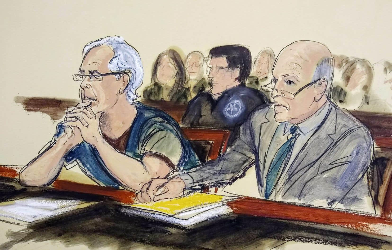 Jeffrey Epstein (à gauche), âgé de 66 ans, s'est suicidé le 10 août dans une prison de New York alors qu'il attendait son procès pour trafic sexuel.