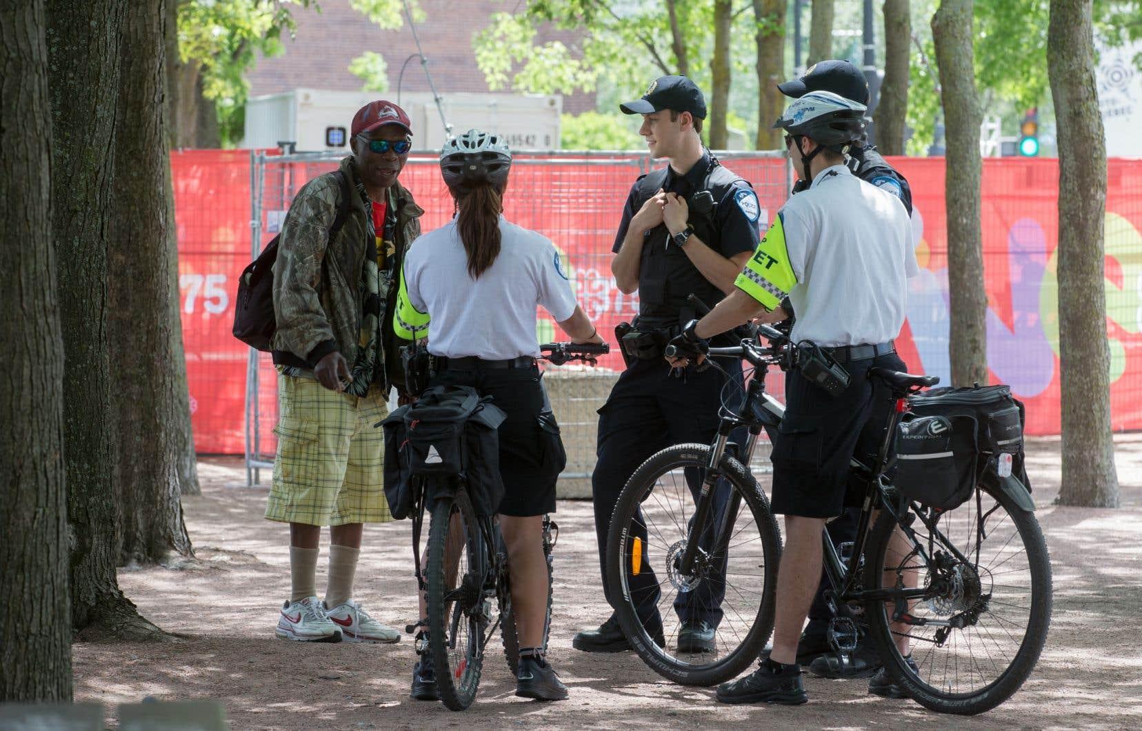 La police de Montréal utilisera à compter de ce jeudi un petit appareil fixé aux guidons des vélos de certains de ses patrouilleurs.