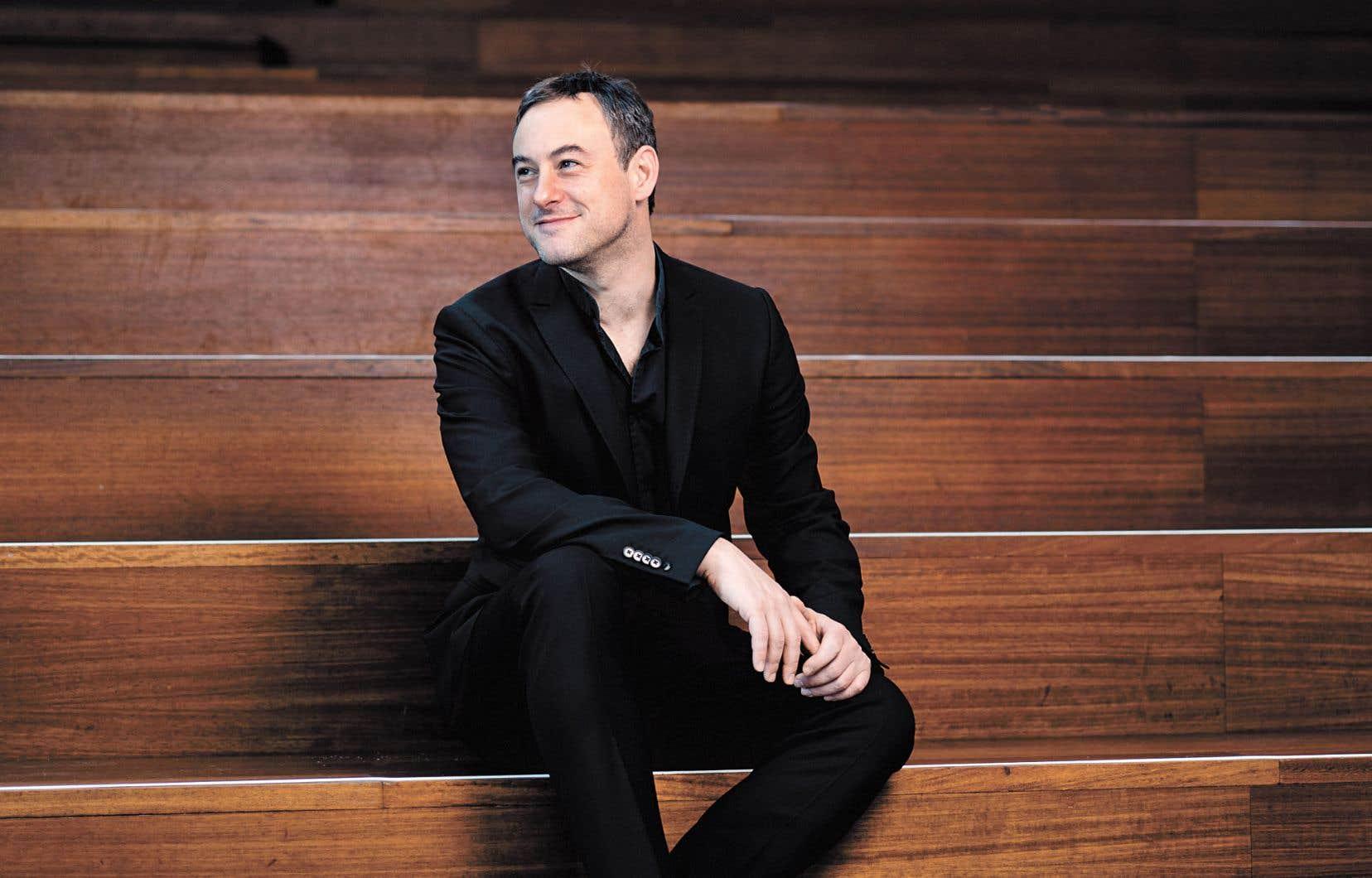 Jonathan Cohen ouvre la saison en reprenant un concept enregistré pour Hyperion avec son ensemble anglais Arcangelo: trois Magnificat composés par la famille Bach.