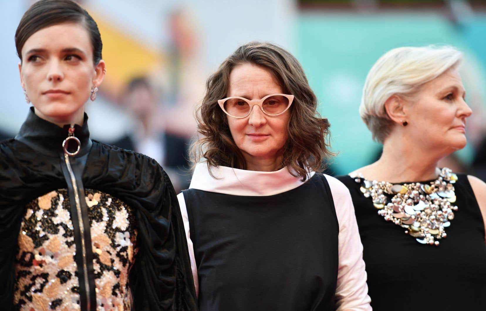 La présidente du jury,Lucrecia Martel (au centre), areconnu être «très gênée» par la sélection du film de Polanski dans la sélection du festival.