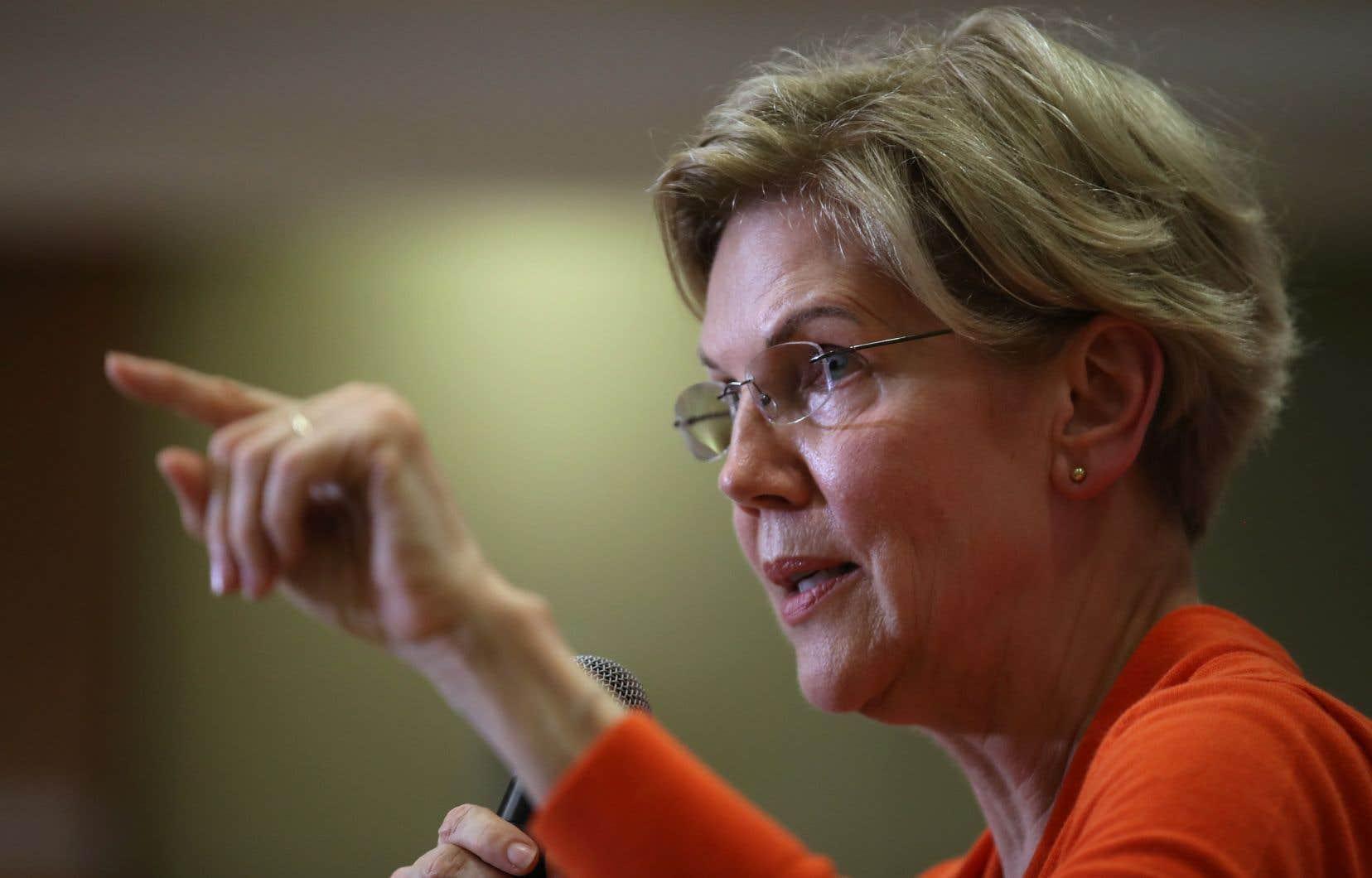 Portée par les sondages, la sénatrice progressiste Elizabeth Warren a été sélectionnée pour le prochain débat démocrate.
