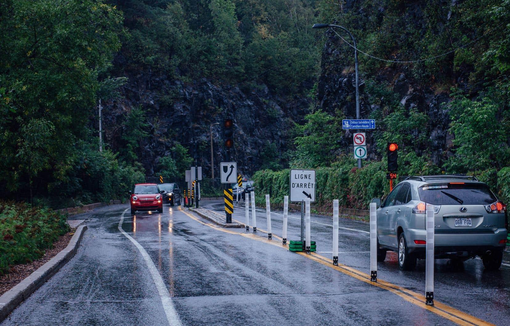 Les mesures de sécurisation de la voie Camillien-Houde ont été mises en place en juin dernier pour apaiser la circulation sur le mont Royal.