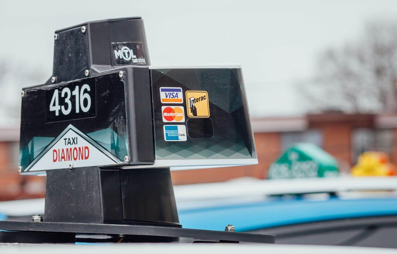 Les propriétaires de permis de taxi sont insatisfaits de l'indemnisation comprise dans la réforme du gouvernement du Québec.