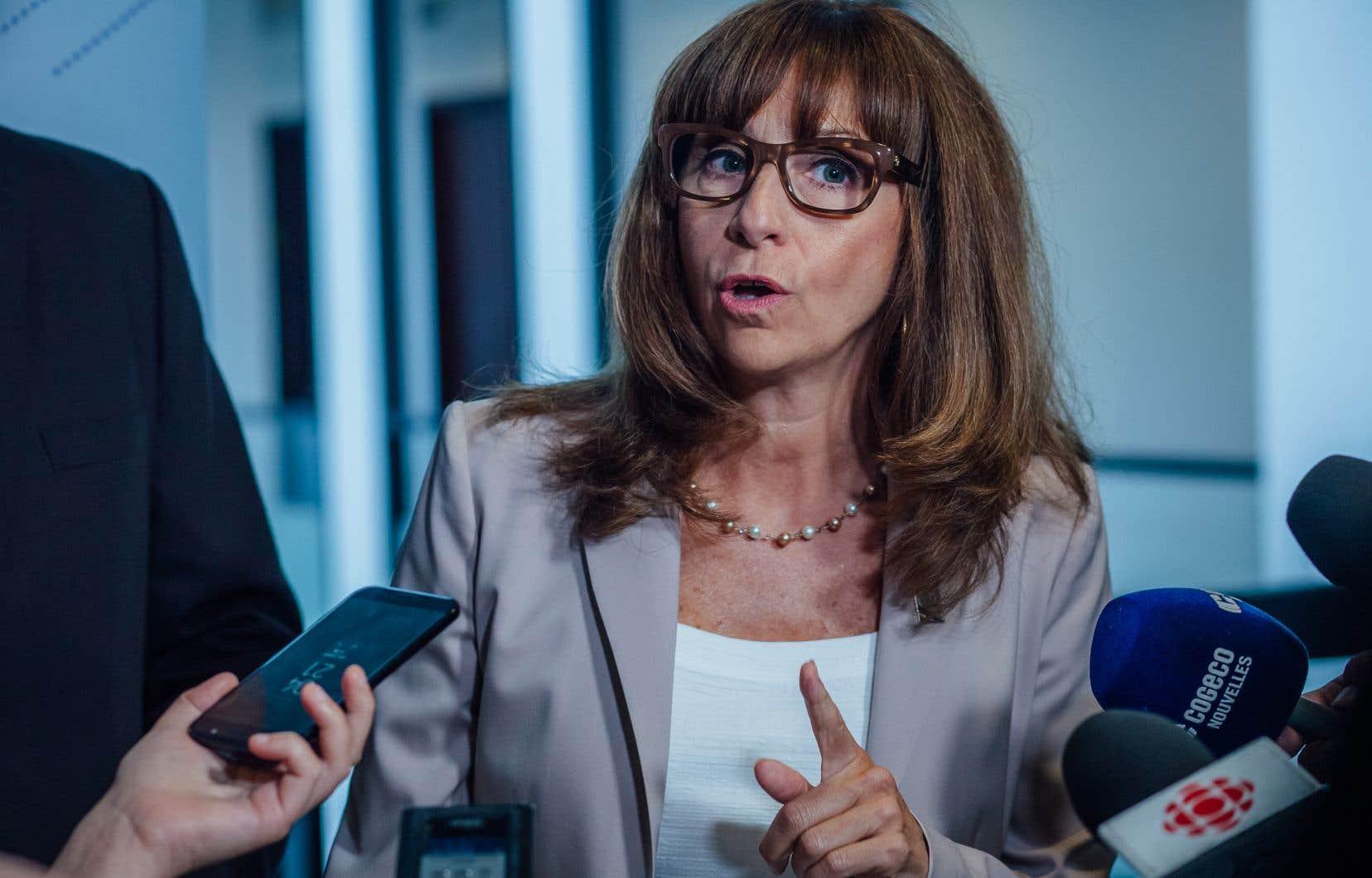 La ministre de la Culture et des Communications et ministre responsable de la Langue française, Nathalie Roy